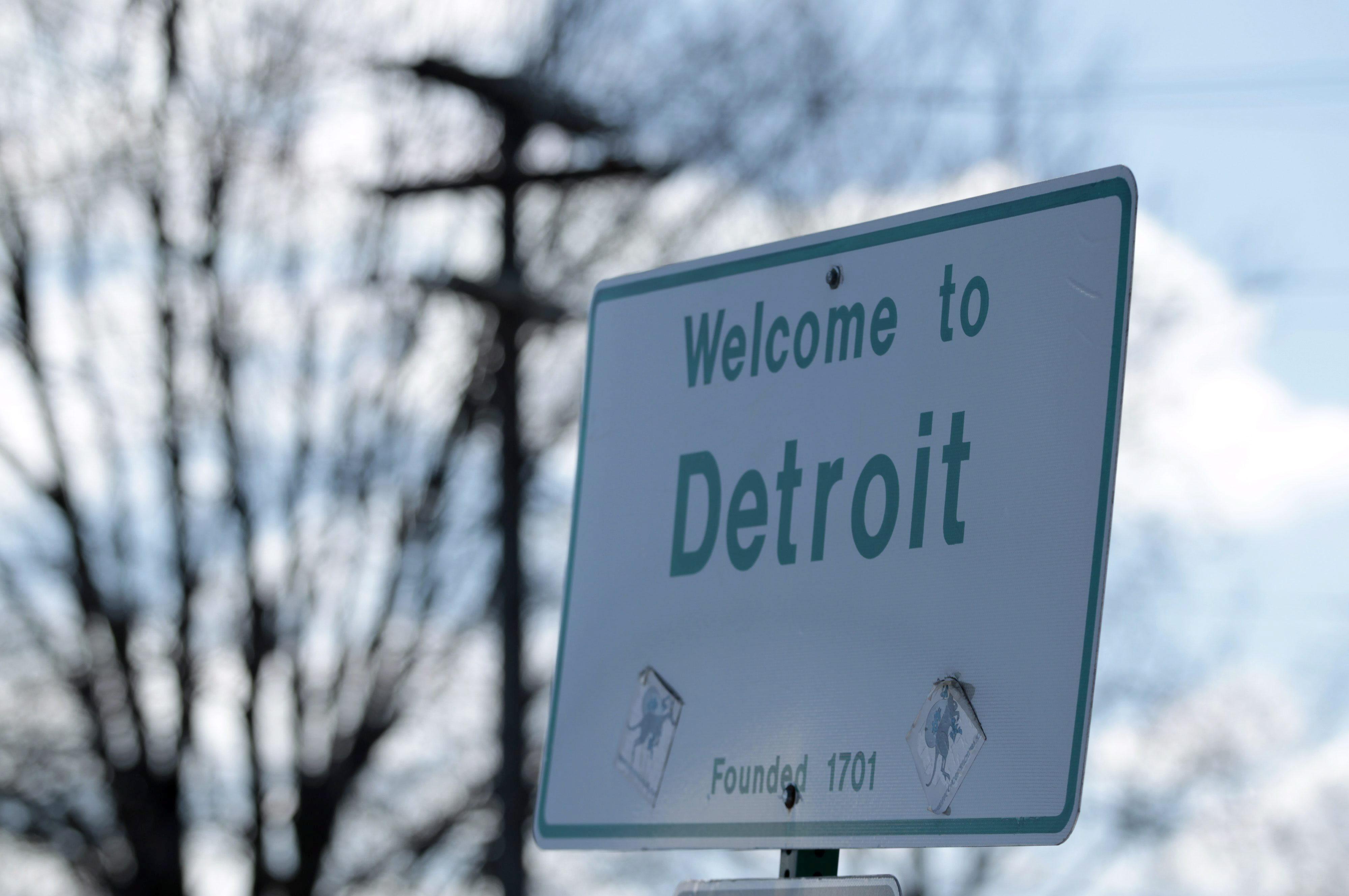 En Detroit no funciona el 40% del alumbrado y la policía tarda una hora en llegar al lugar del crimen