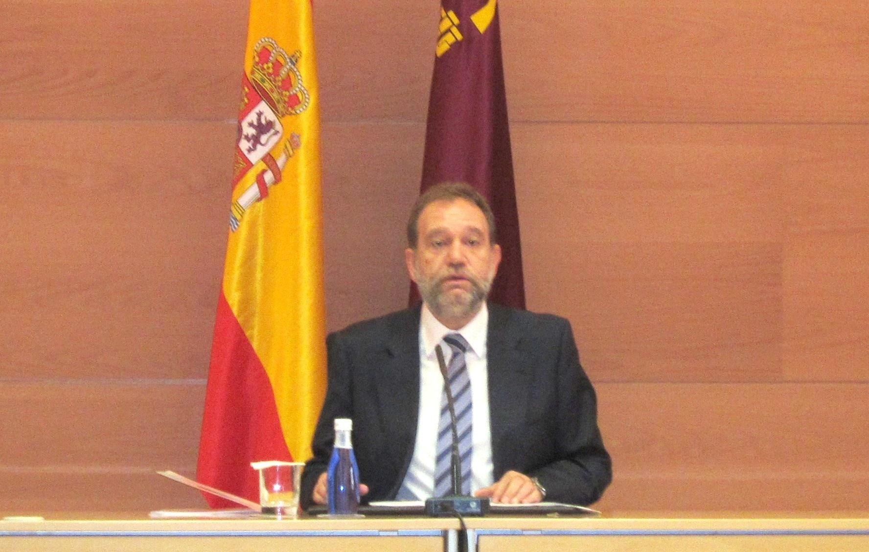 El consejero murciano de Educación, Formación y Empleo, Constantino Sotoca,  dimite por «motivos personales»