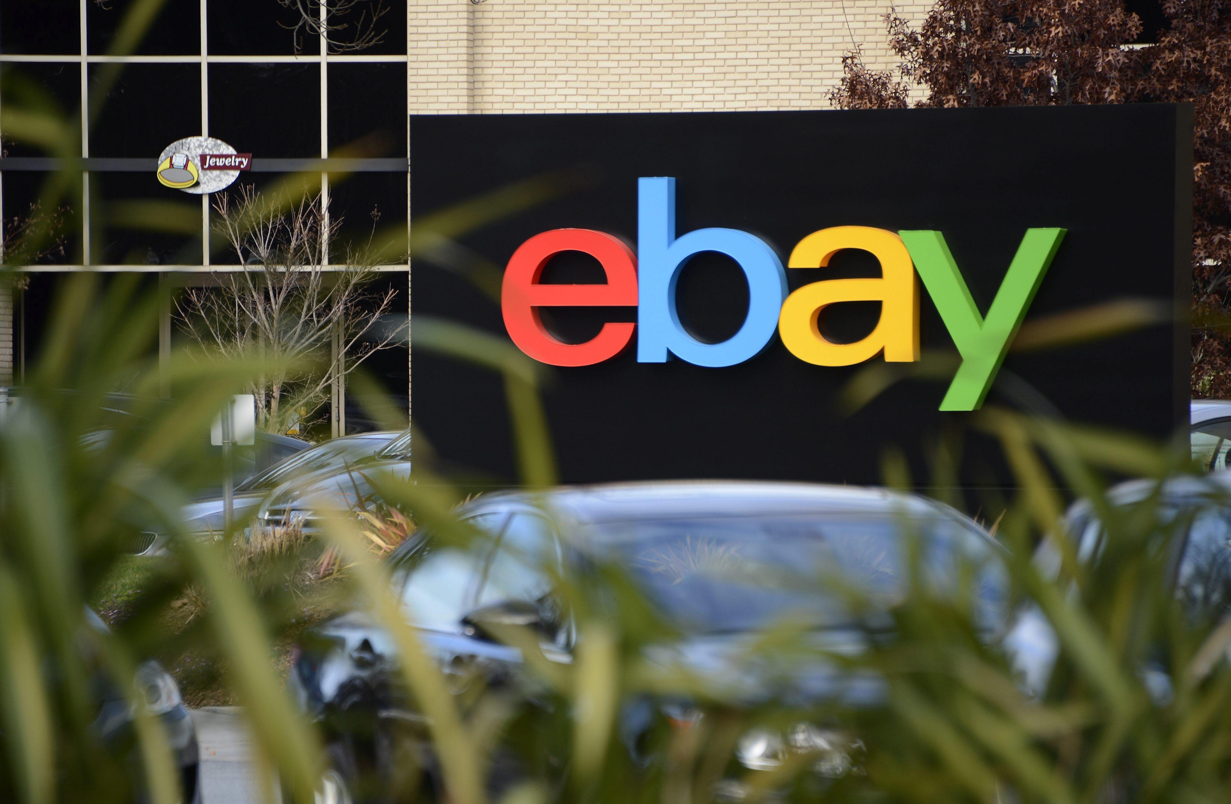 Error de PayPal abona a un cliente un saldo de 92.000 billones de dólares