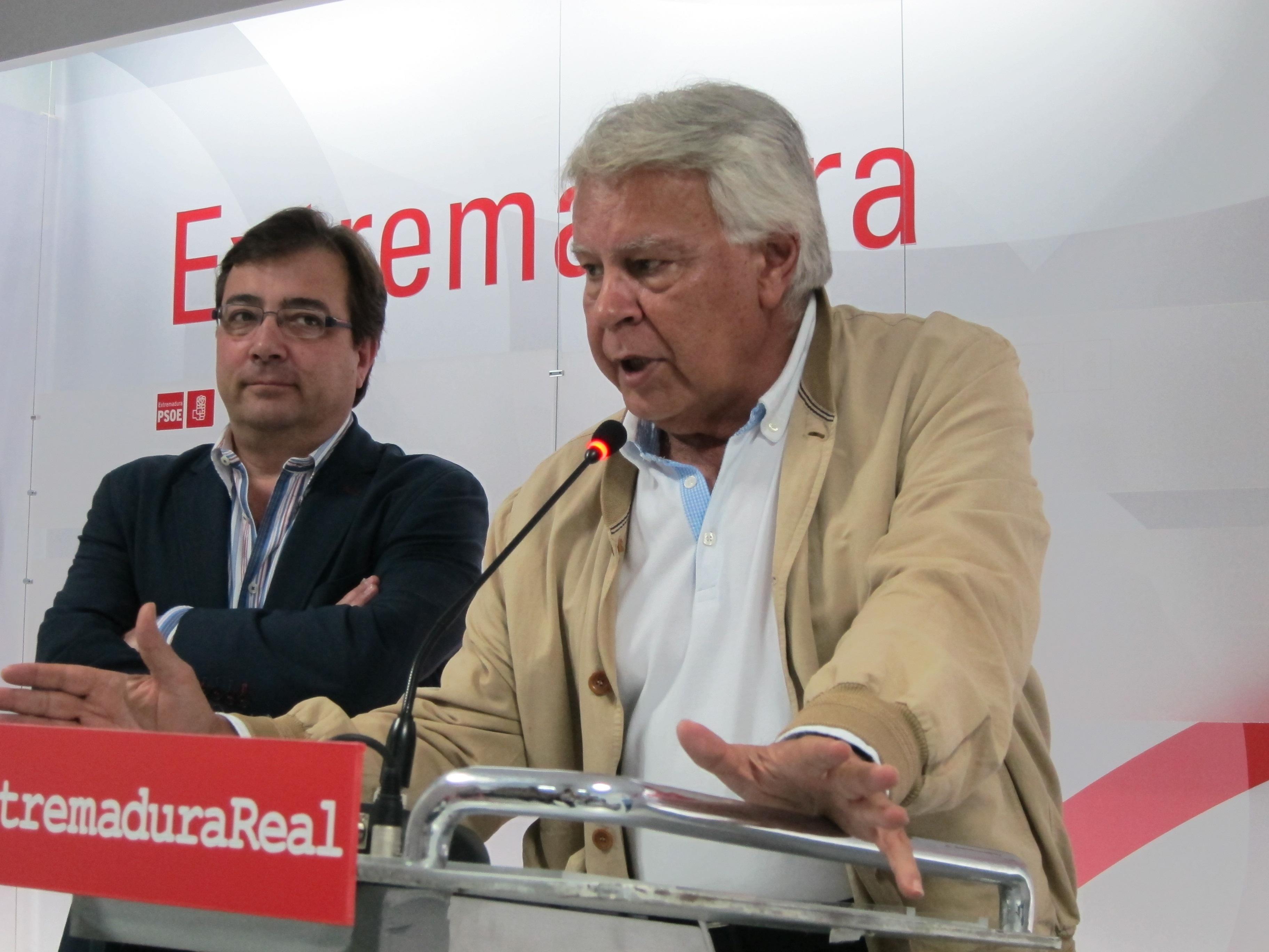 Felipe González hubiera preferido que las primarias andaluzas fueran en septiembre para un proceso «más impecable»