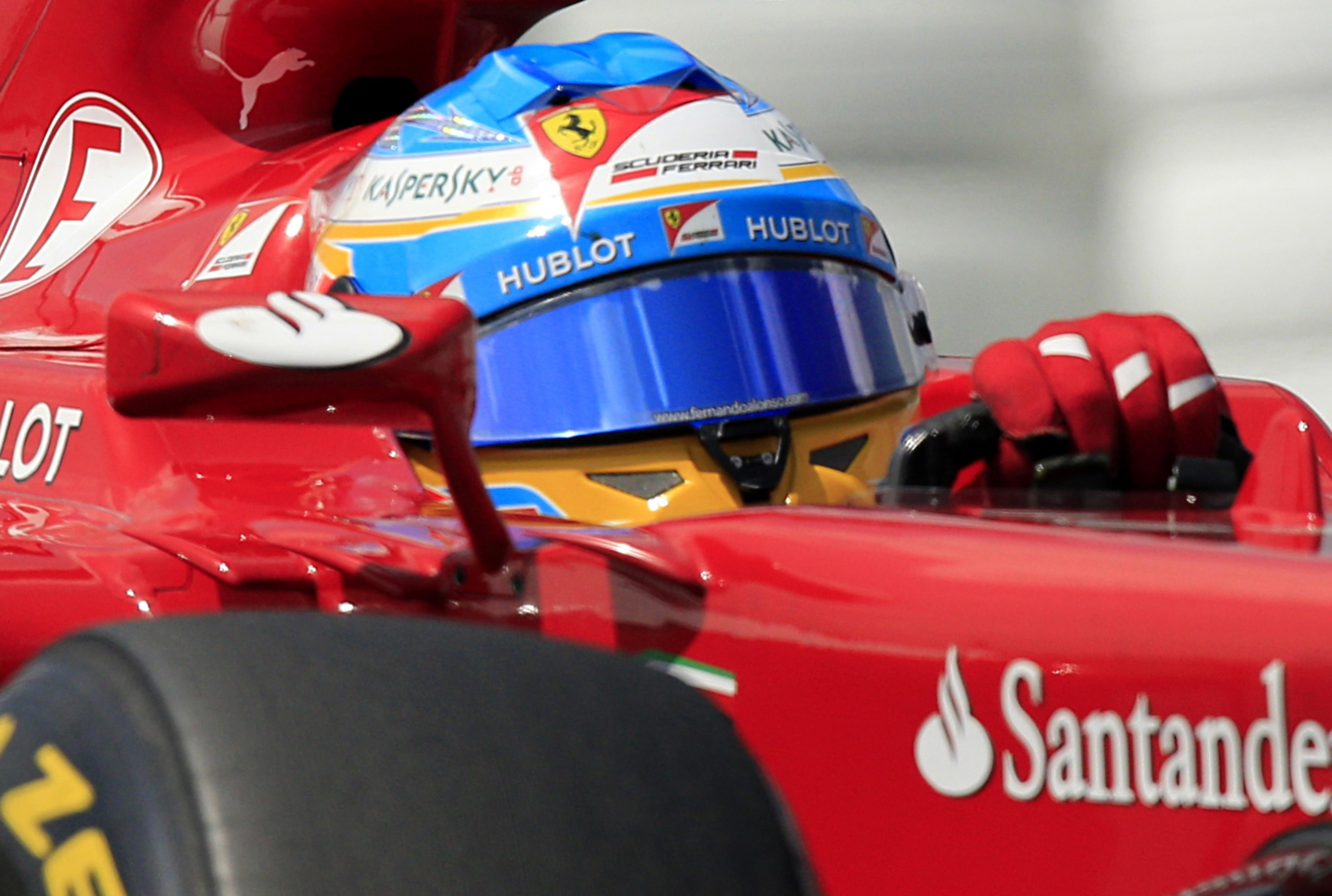 El manager de Alonso descarta su salida de Ferrari «por no ganar»