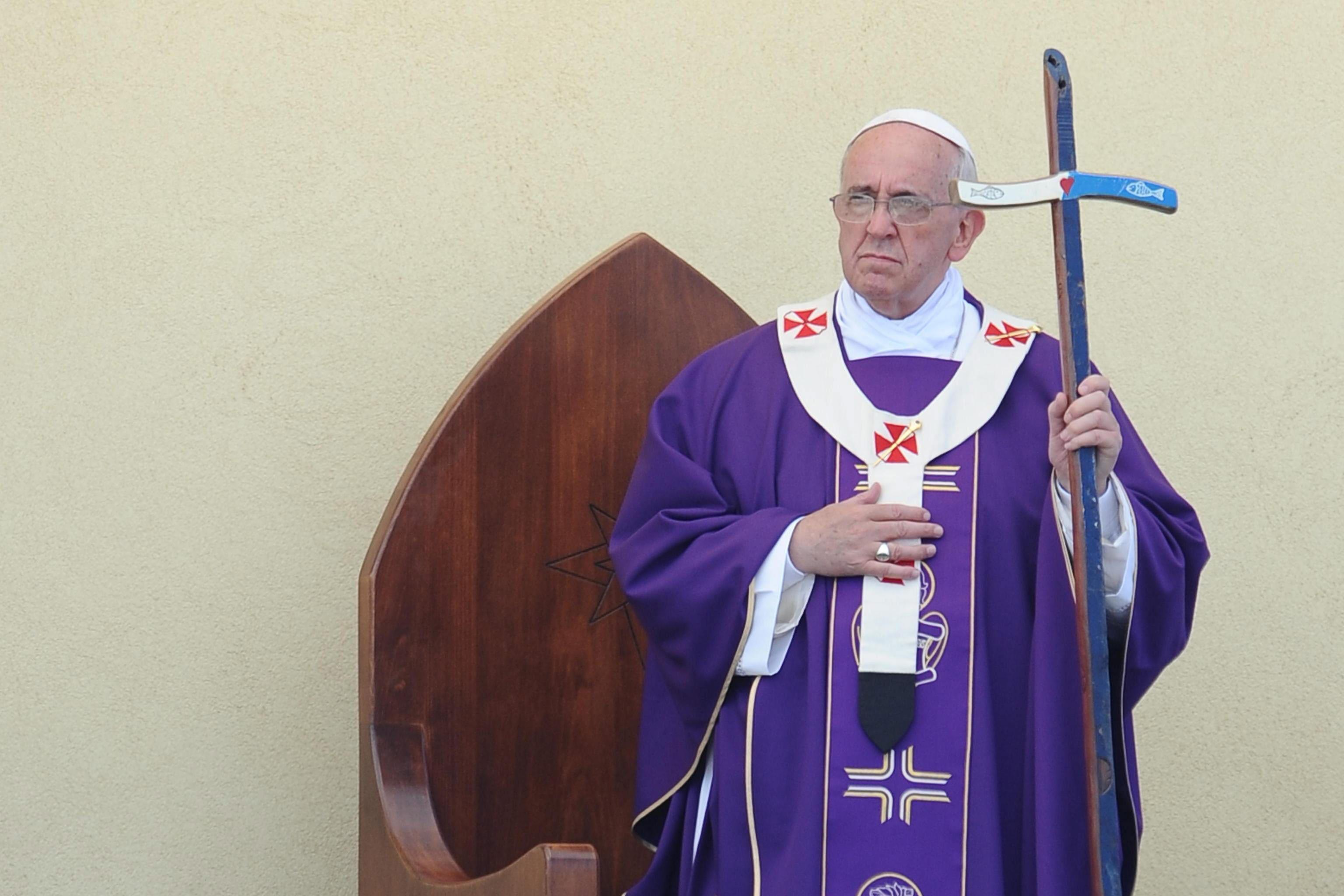 El papa Francisco crea una comisión para reformar la estructura económica de Santa Sede