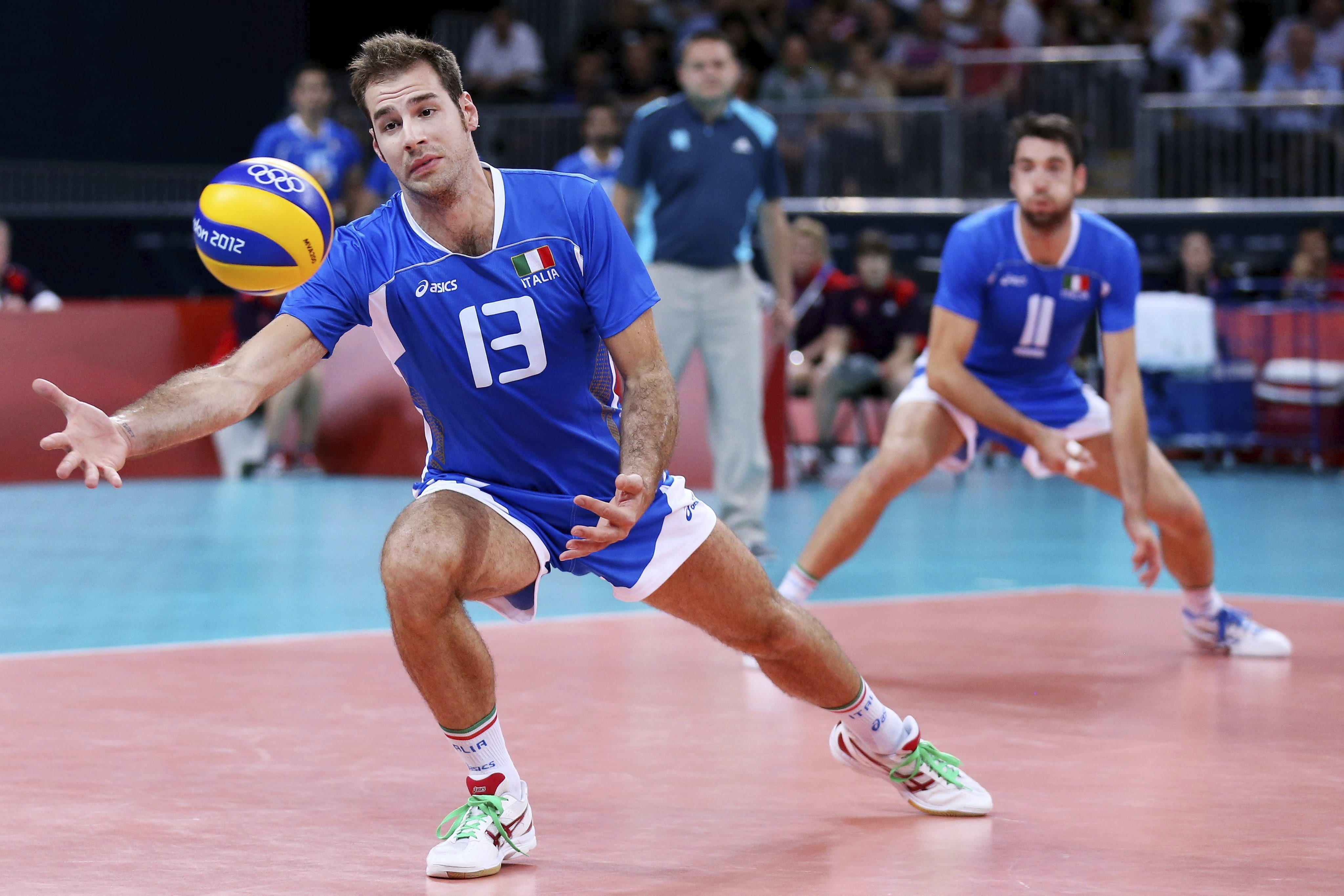 1-3. Italia se estrena con un triunfo sobre Bulgaria y complica a Argentina