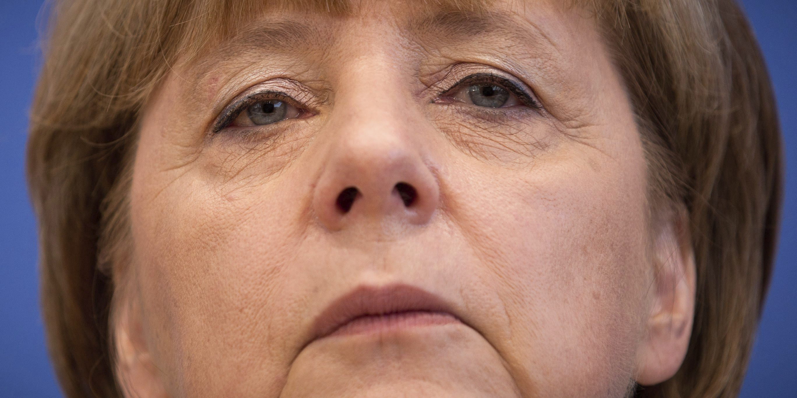 Merkel, cautelosamente optimista ante la evolución de la crisis