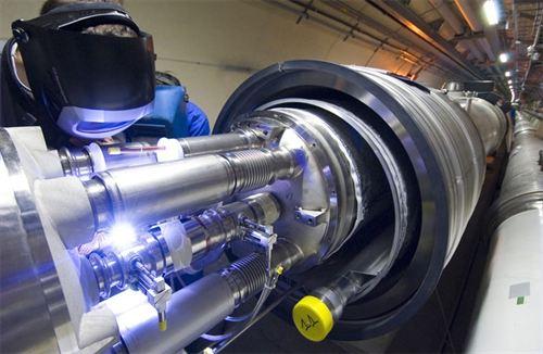 El descubrimiento de una nueva partícula podría modificar el Modelo Estándar