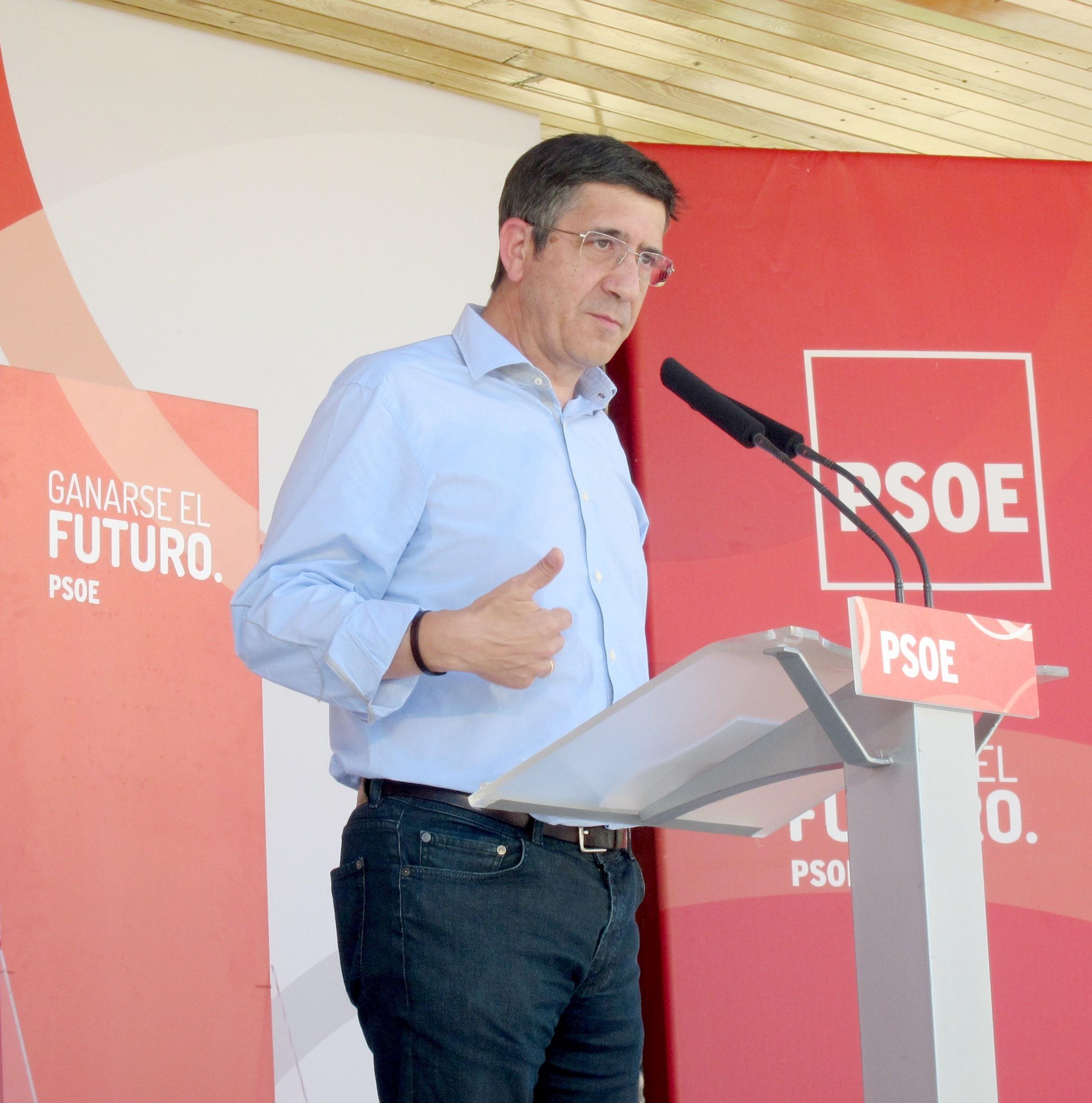 Patxi López (PSE-EE) dice que el presidente del TC «tiene que dimitir» por cuestiones morales y éticas