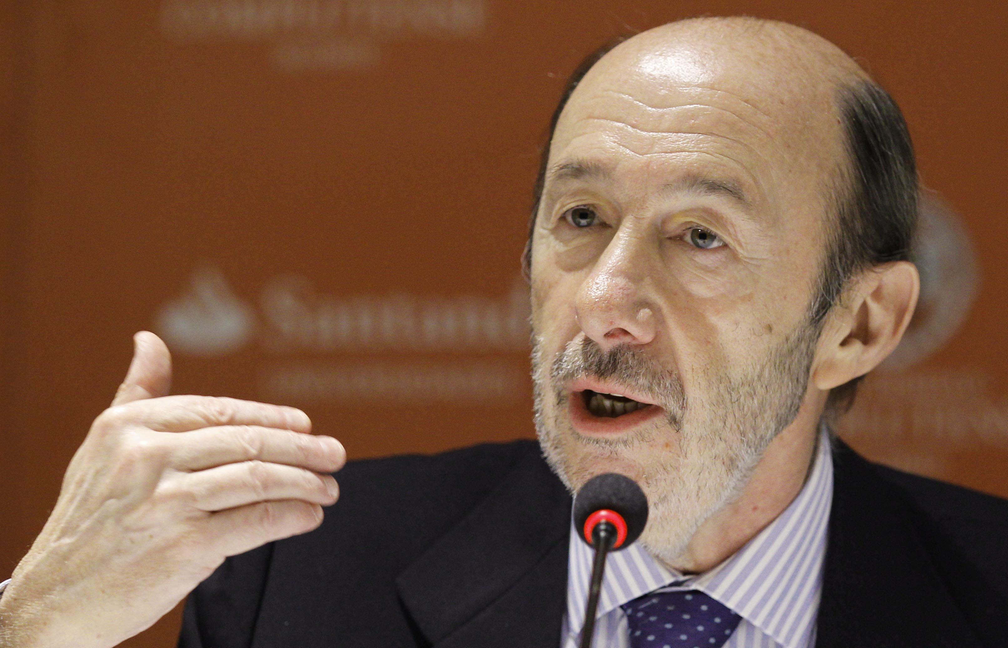 Rubalcaba defiende un Estado federal ante la «fatiga» del modelo autonómico