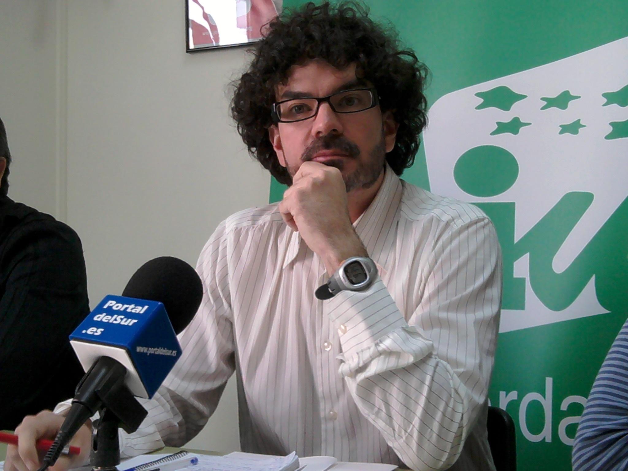 Sánchez estima la pérdida de más de 30.000 empleos en Madrid si se lleva a cabo la reforma de la Administración Local