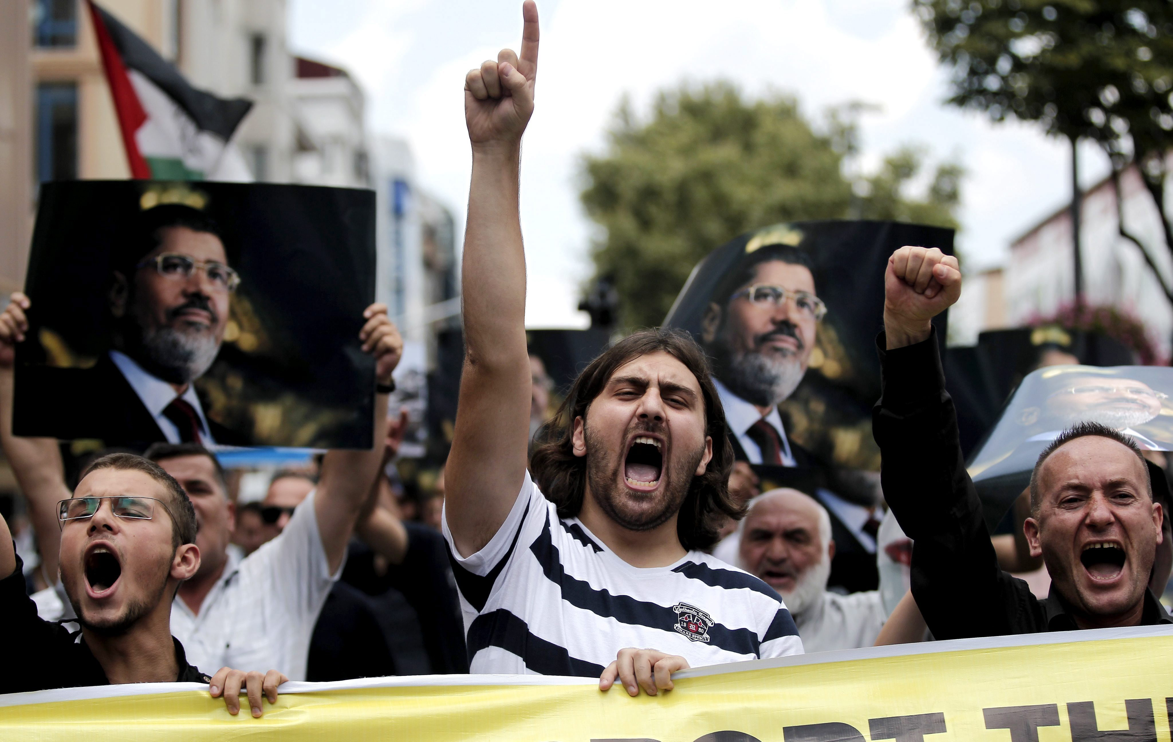 Siguen las protestas y choques con la Policía en Turquía