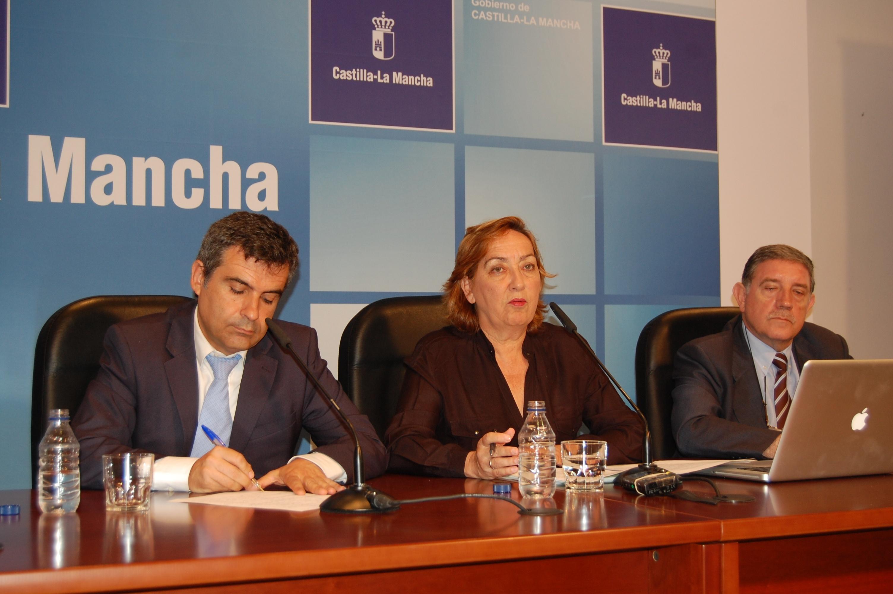 Soriano destaca que Agricultura ha invertido 2.000 millones de euros en ayudas al sector en dos años