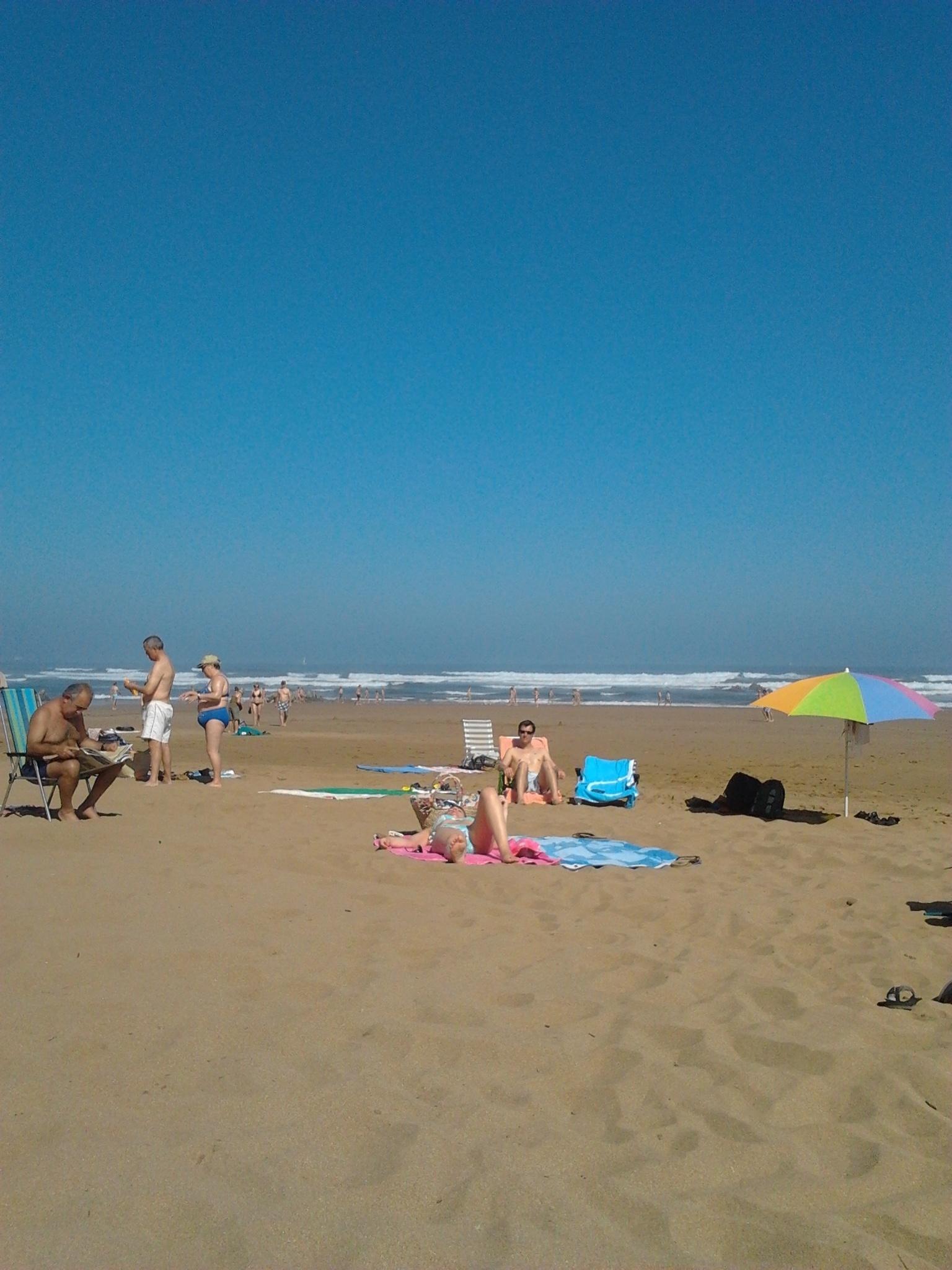 Todas las playas de Bizkaia exhiben bandera verde, excepto Barrika, Toña y San Antonio, donde hay baño con precaución
