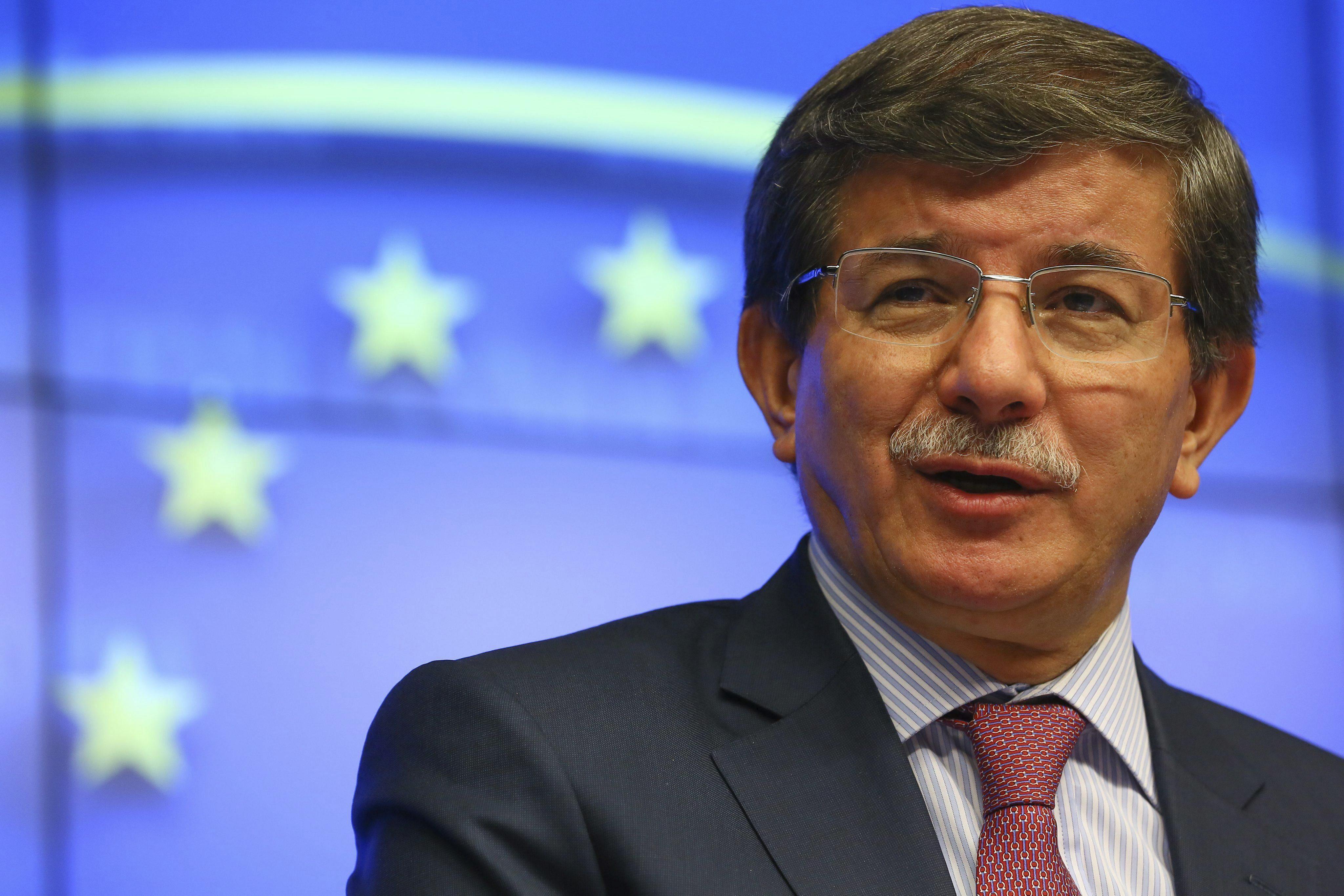 Turquía no reconocerá una autonomía kurda en Siria impuesta por las fuerza