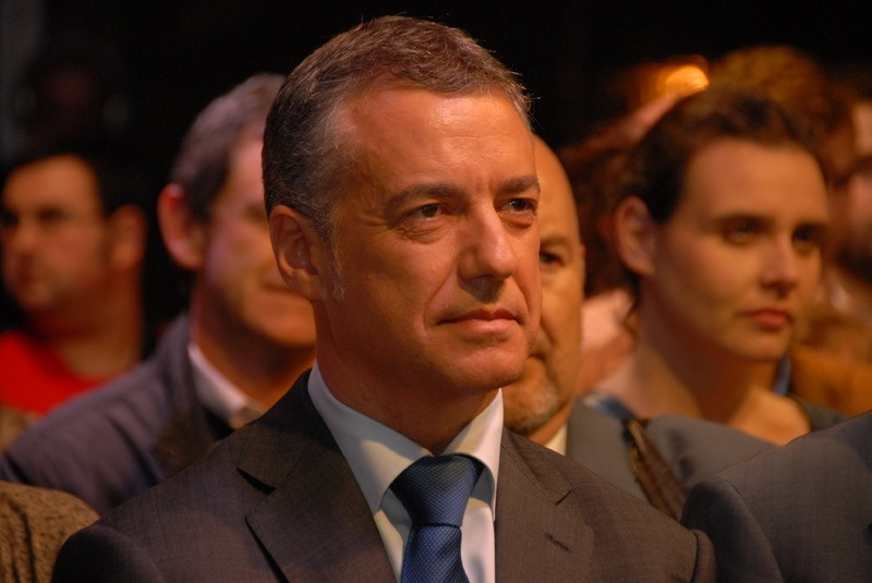 Urkullu cree generalista la propuesta federal de PSOE y cree que hay que concretar «el respeto a la identidad vasca»