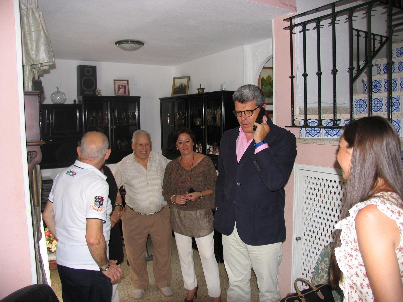 Unas 140 personas se benefician en Mairena del Aljarafe de la extensión de 24 horas al día de ayuda a domicilio