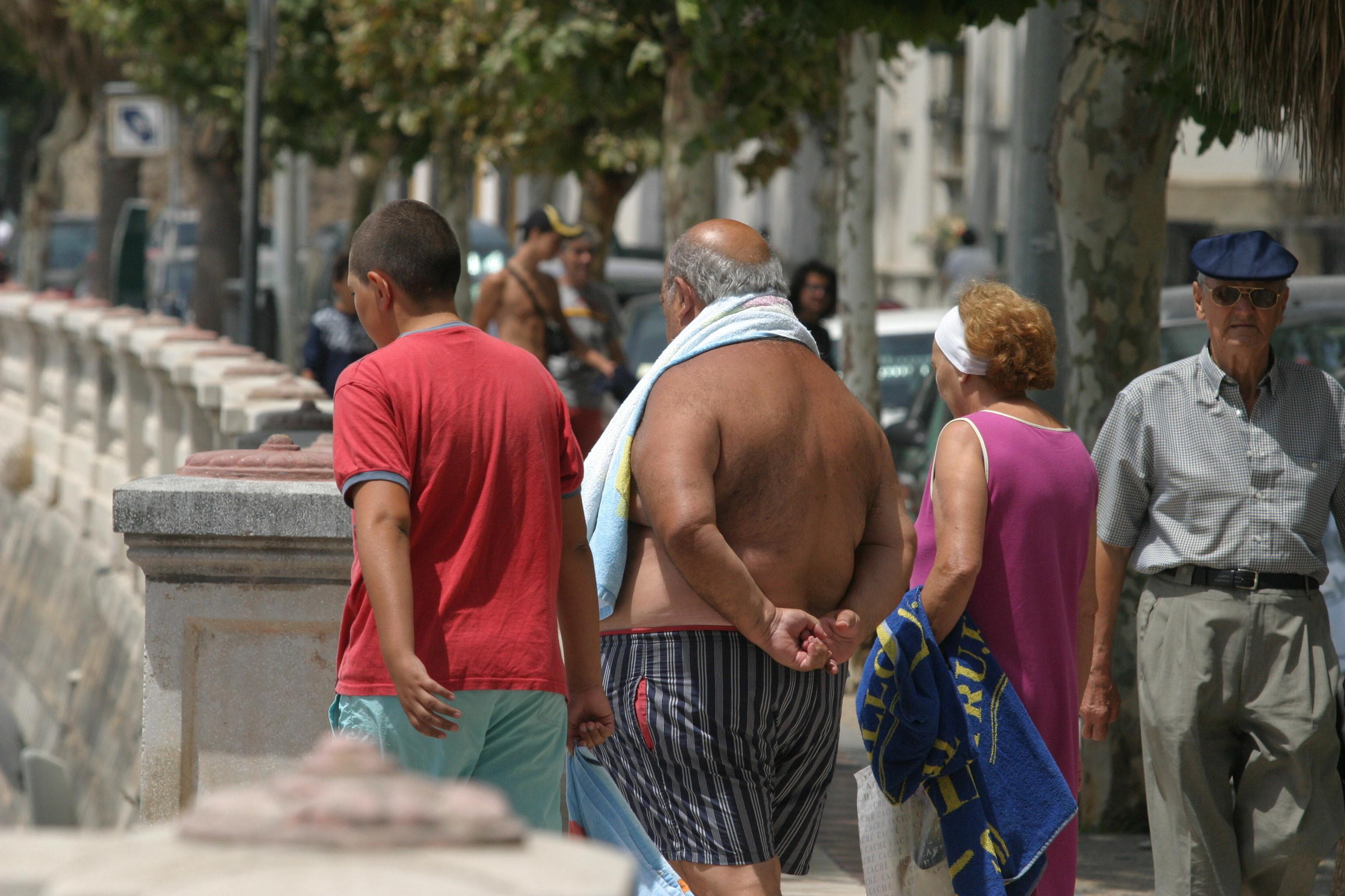 Alertan de un repunte en la atención de ancianos en urgencias por el calor