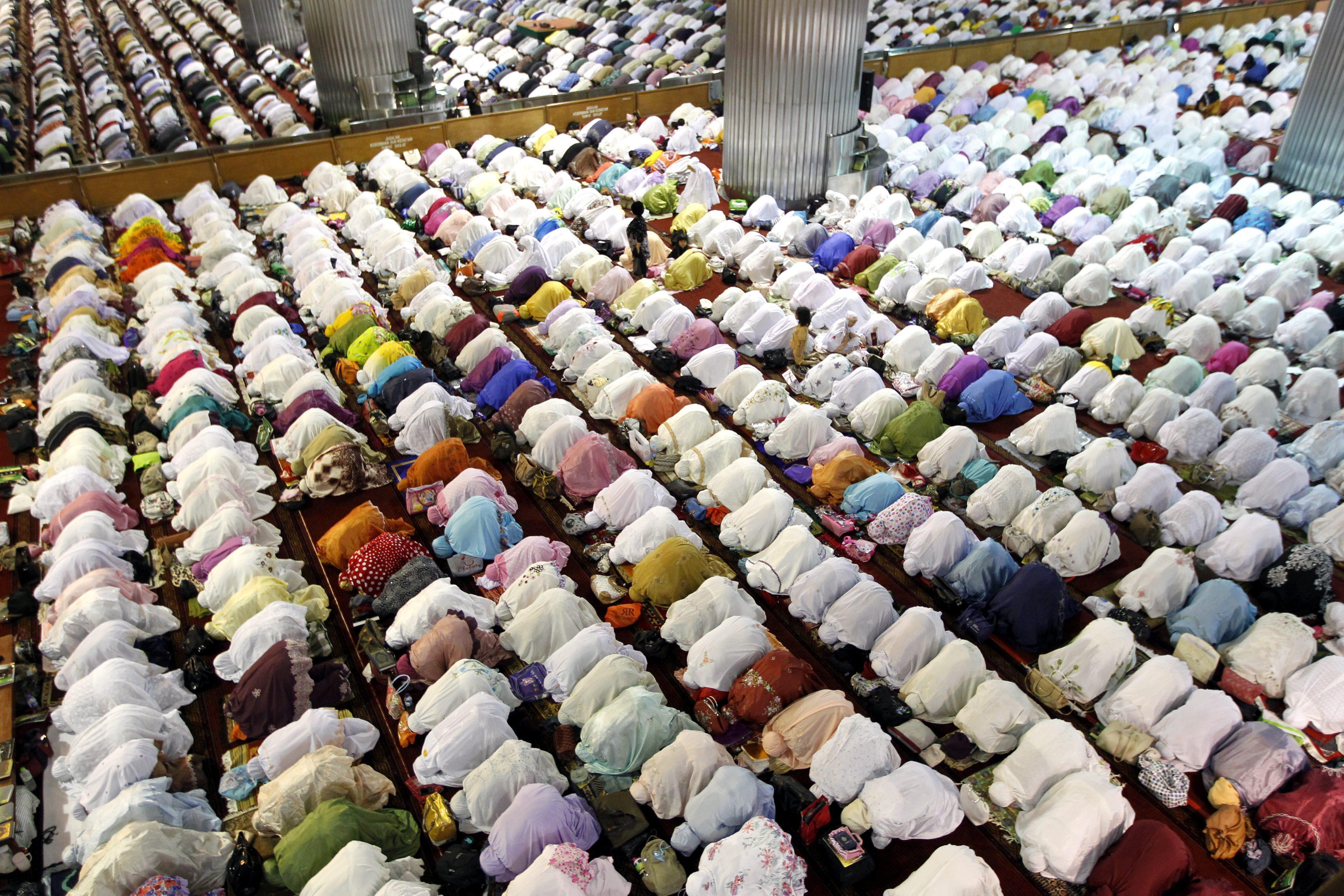 Un muerto y tres heridos en una batida de islamistas durante el ramadán en Indonesia