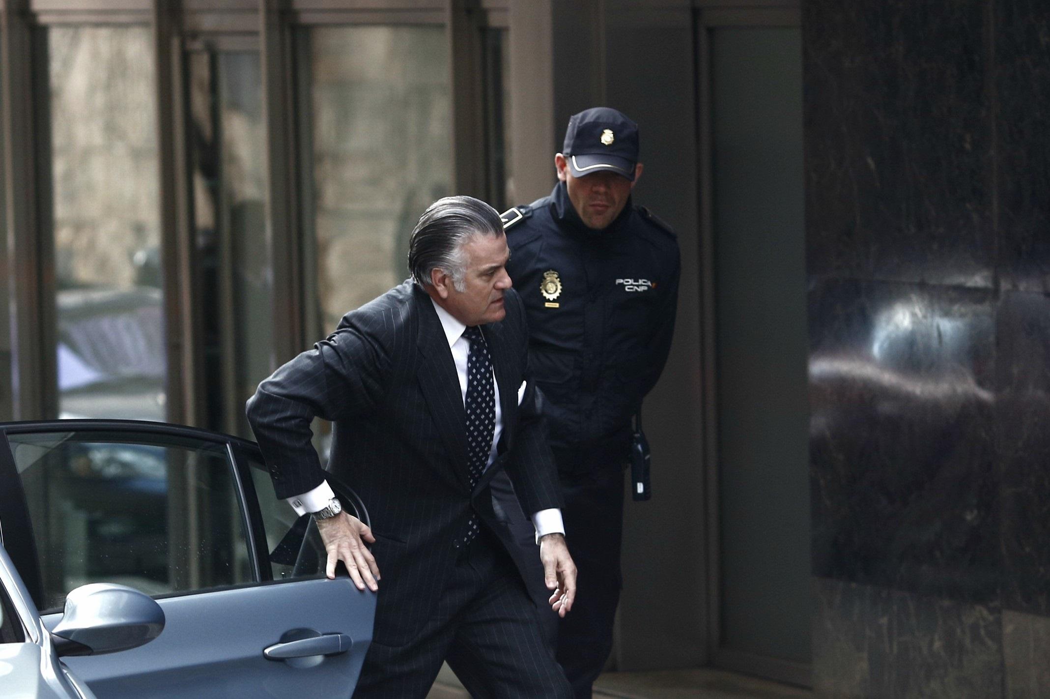 La acusación particular cree que Bárcenas se ha suicidado judicialmente