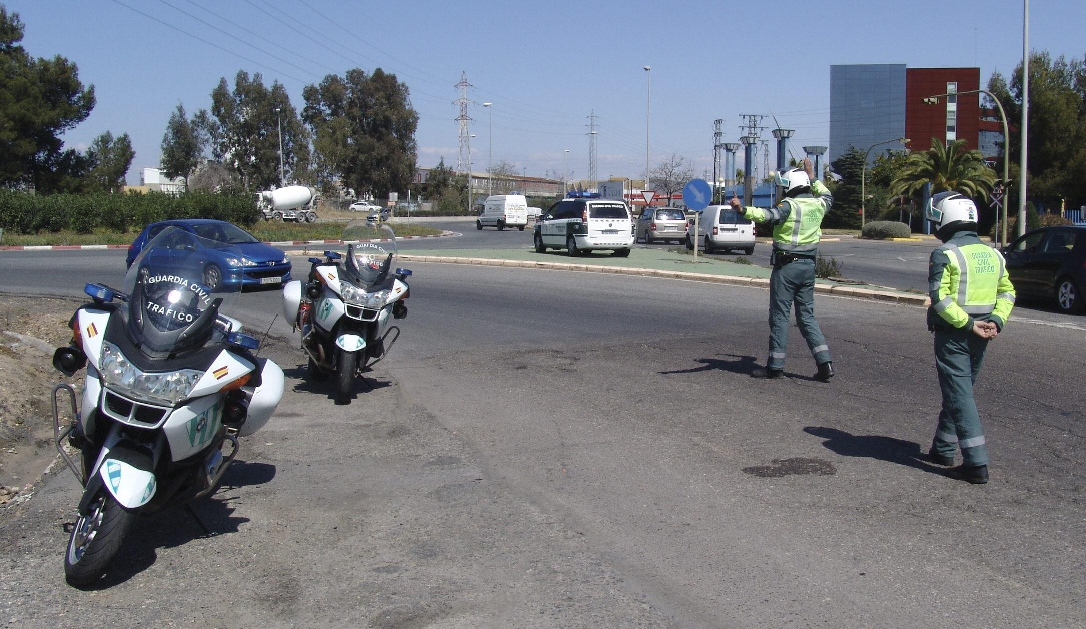 Una mujer de 51 años, detenida por conducir 23 kilómetros en sentido contrario