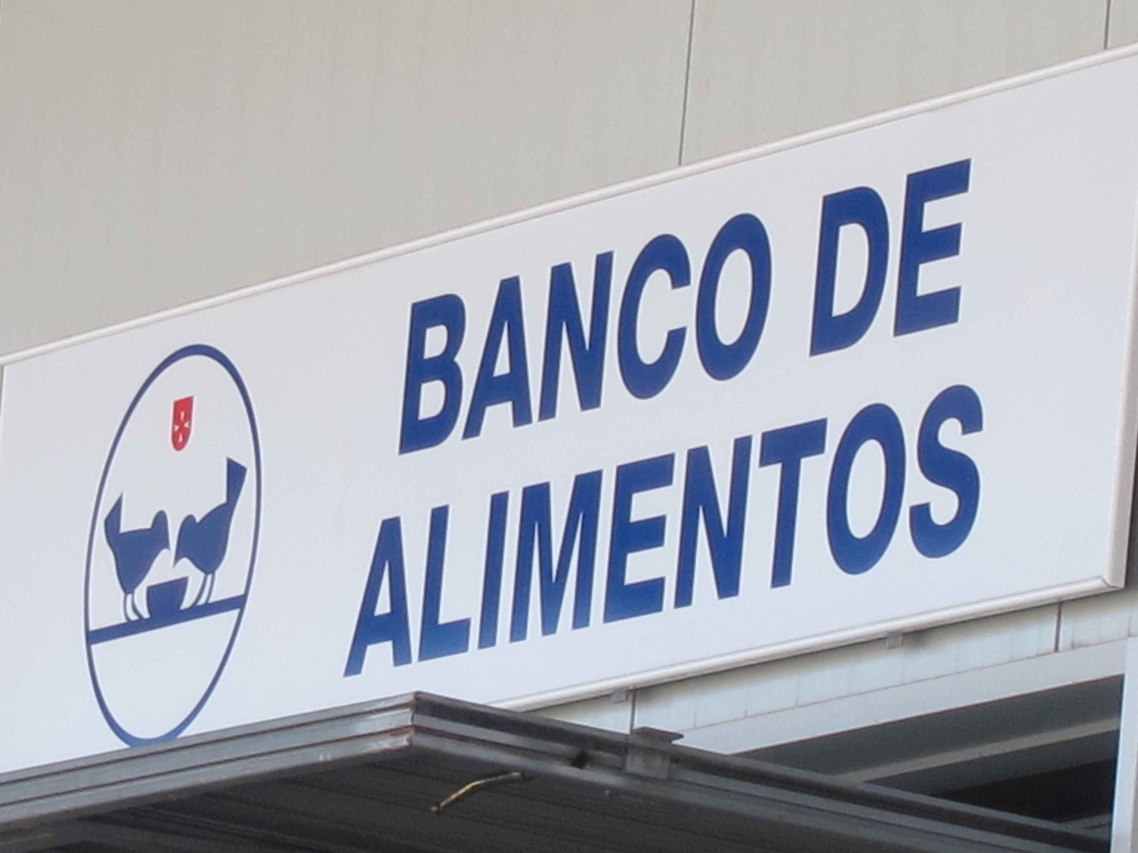 Banco de Alimentos y Cruz Roja de Baleares reparten alimentos a 190 entidades benéficas que atienden a 63.000 personas
