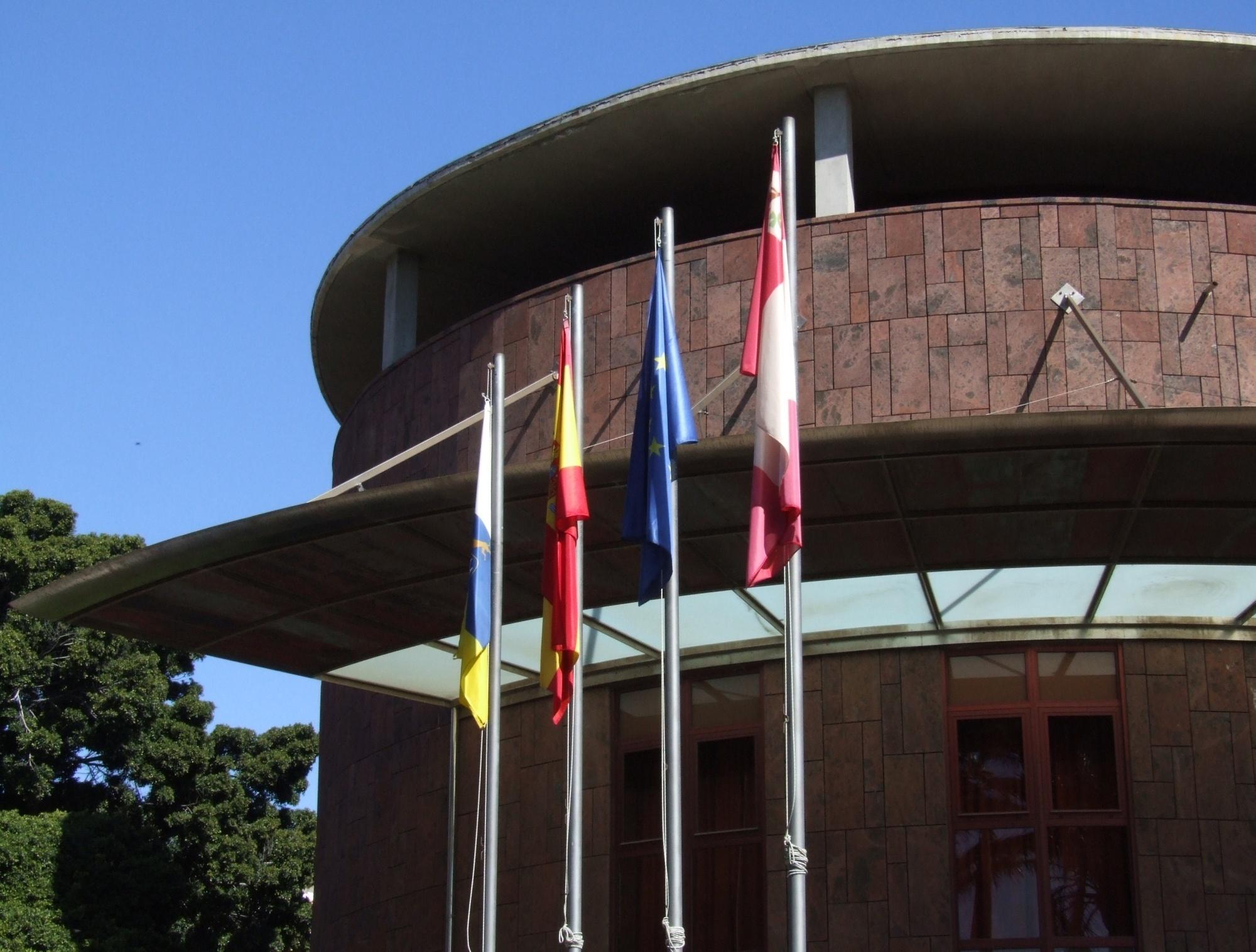 El Cabildo de La Gomera mantendrá el transporte escolar de los alumnos de Valle Gran Rey