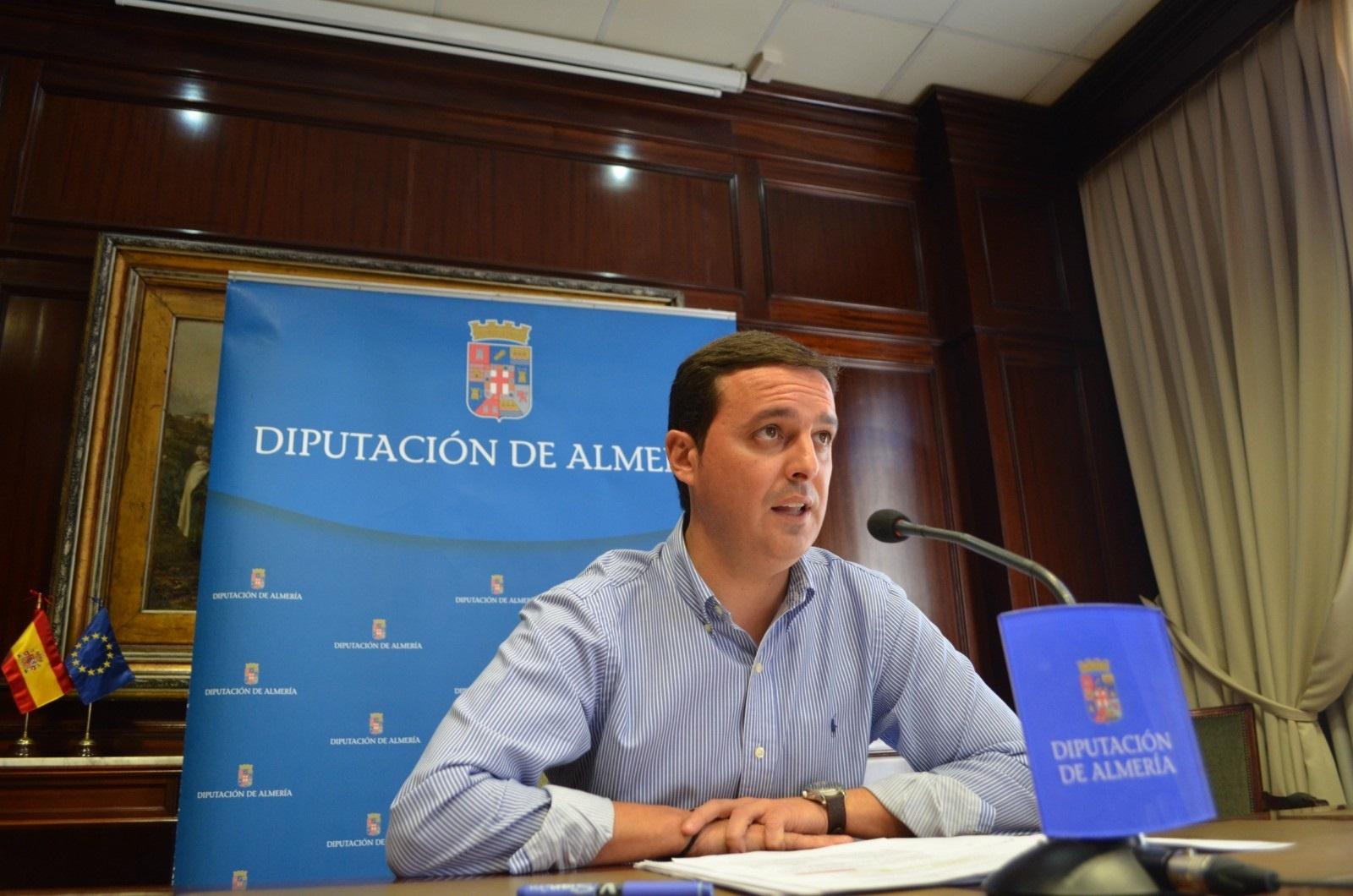 Diputación advierte de que la deuda de la Junta por políticas sociales «sigue ascendiendo» y urge su abono