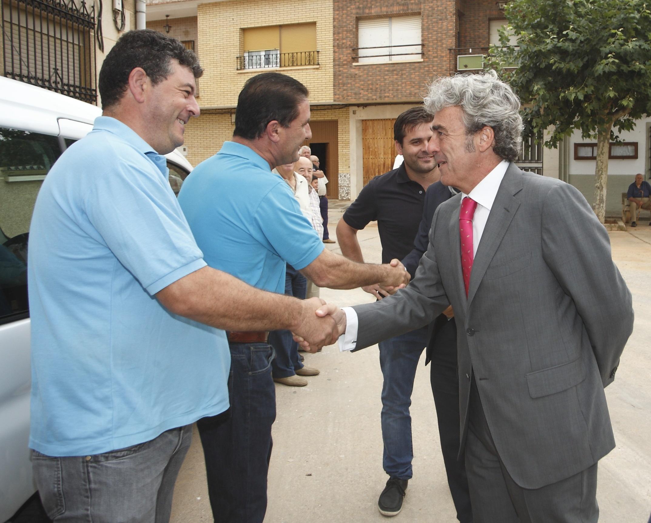 Esteban: «El Gobierno de Cospedal pondrá fin al colapso en el pago a los proveedores de la Administración regional»