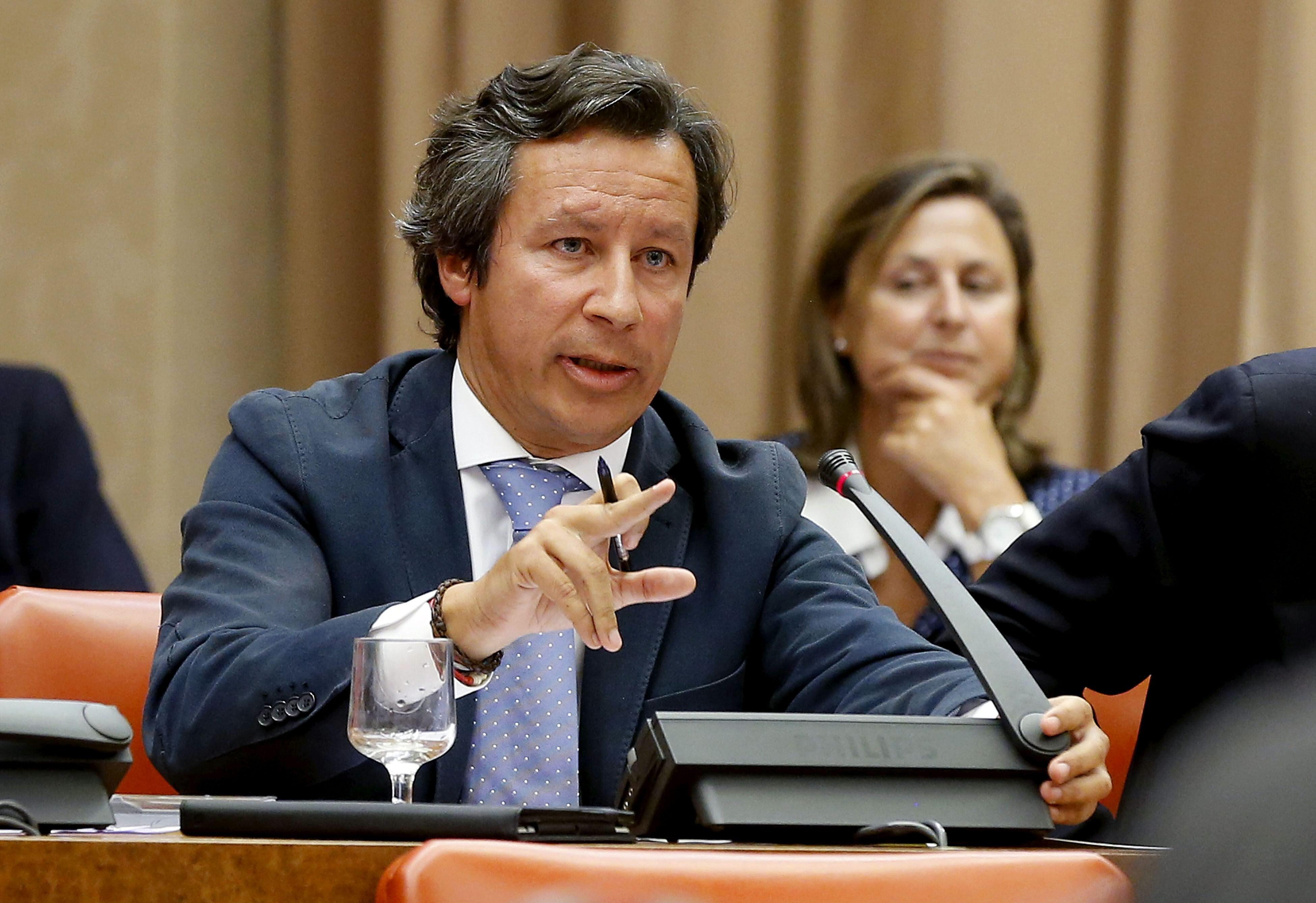 Floriano se niega a retirar que el PSOE es colaborador necesario de Bárcenas