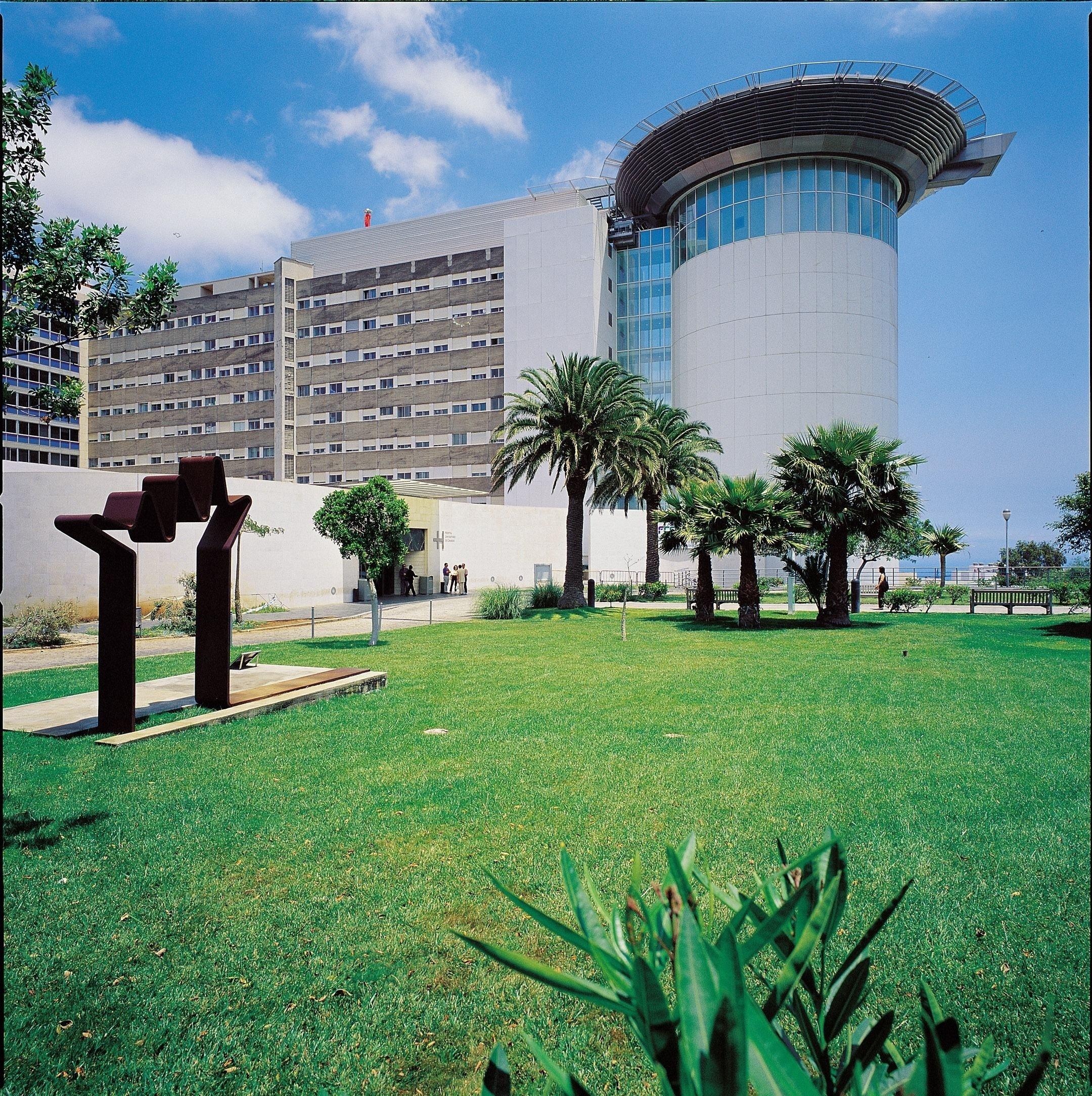 Optometristas de la Universidad de Valencia podrán realizar prácticas en el Hospital Universitario de Canarias