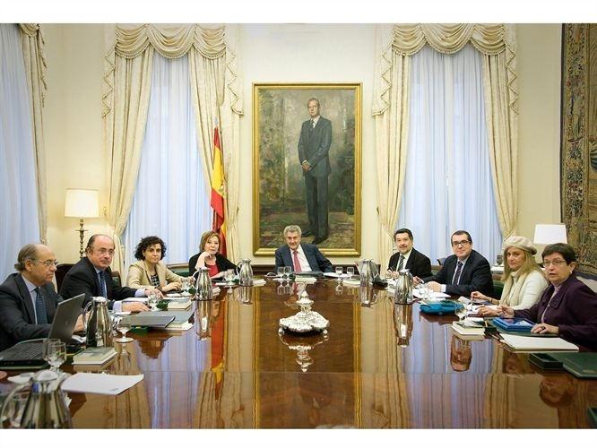 El PP tacha a la oposición de «colaboradores necesarios» de Bárcenas