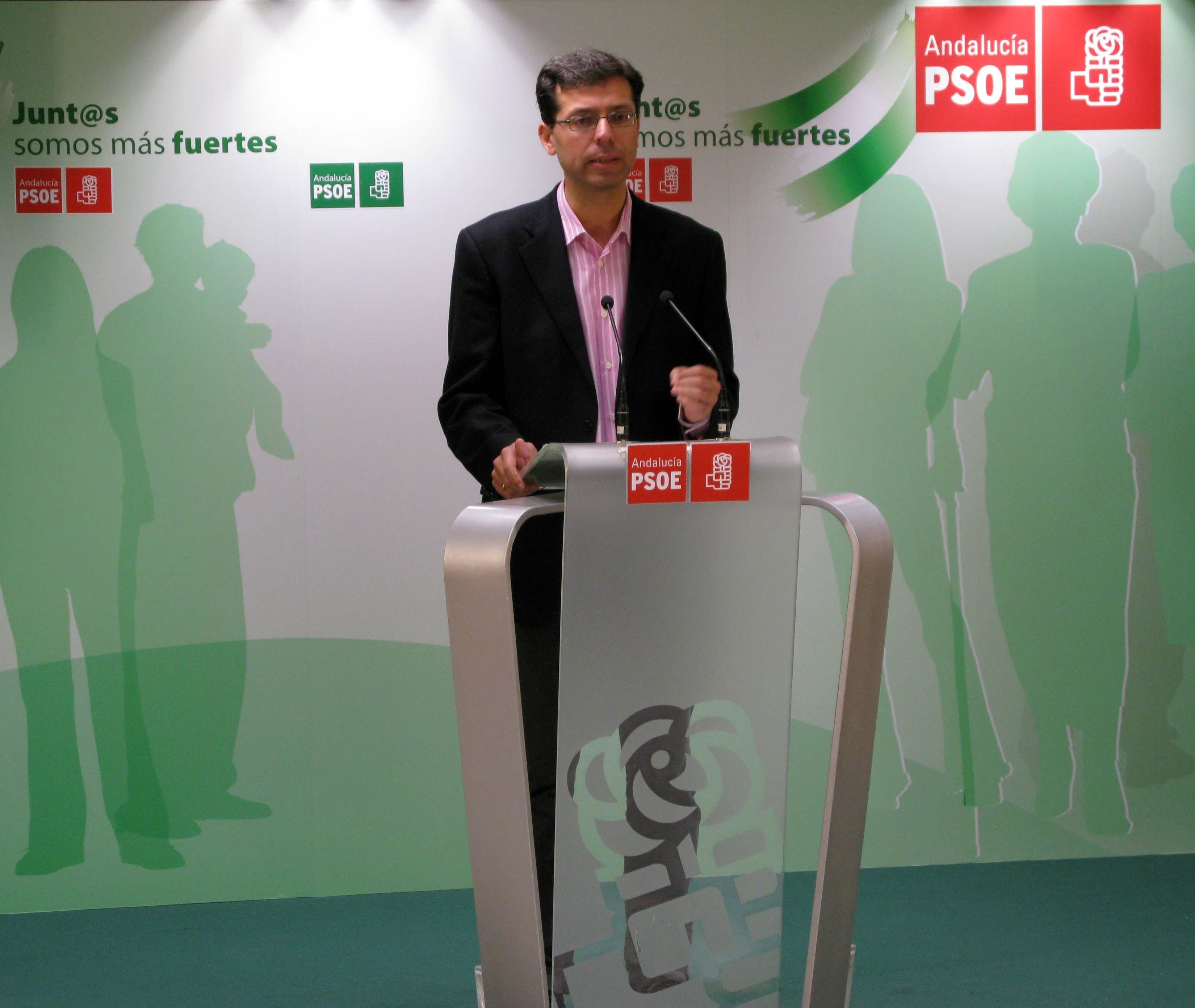 PSOE critica que García Urbano nombre jefe de los servicios jurídicos de Urbanismo a un «imputado» en »Astapa»