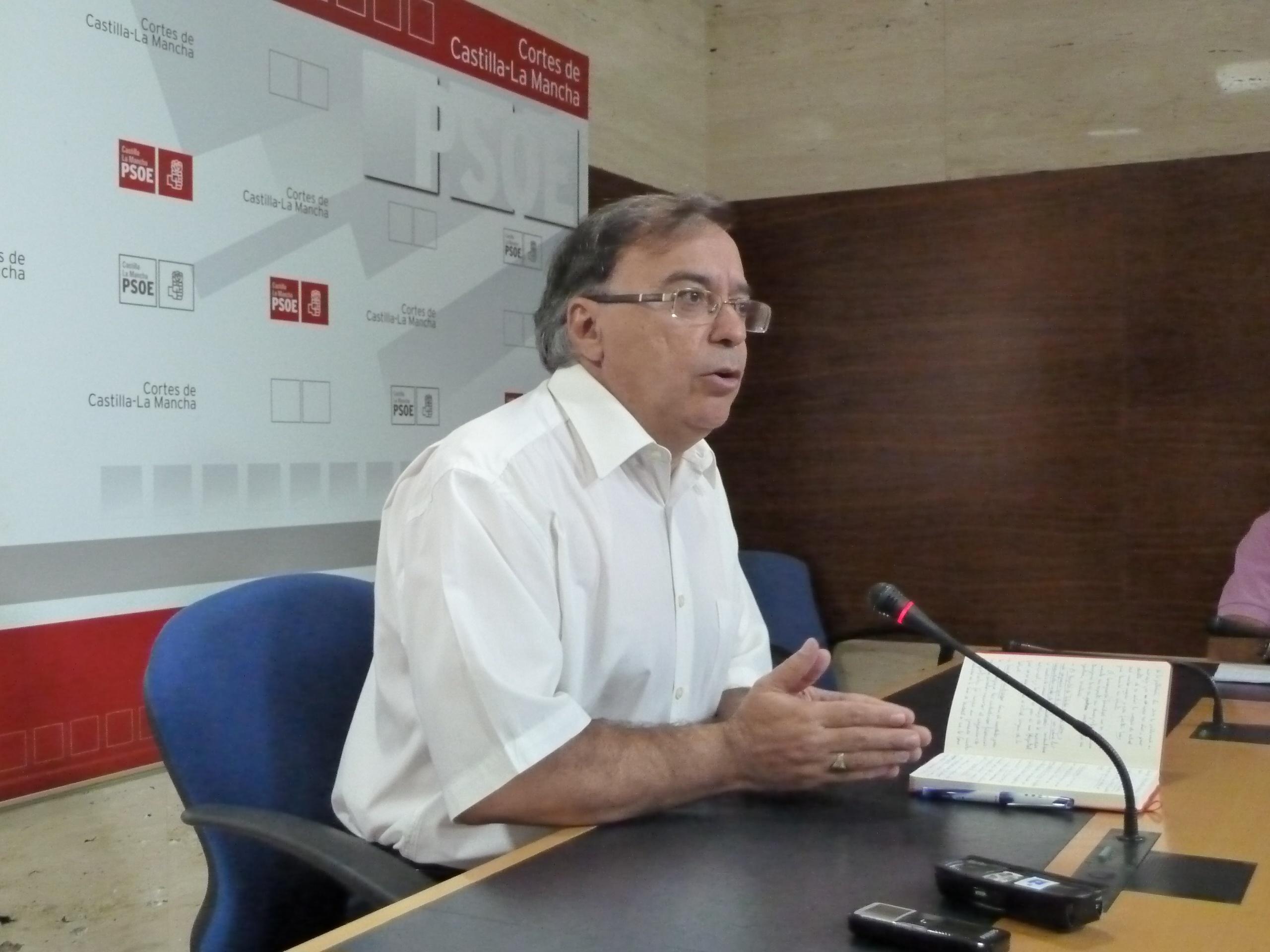 PSOE denuncia que las listas de espera no se conocen desde diciembre y recuerda que deben publicarse mes a mes