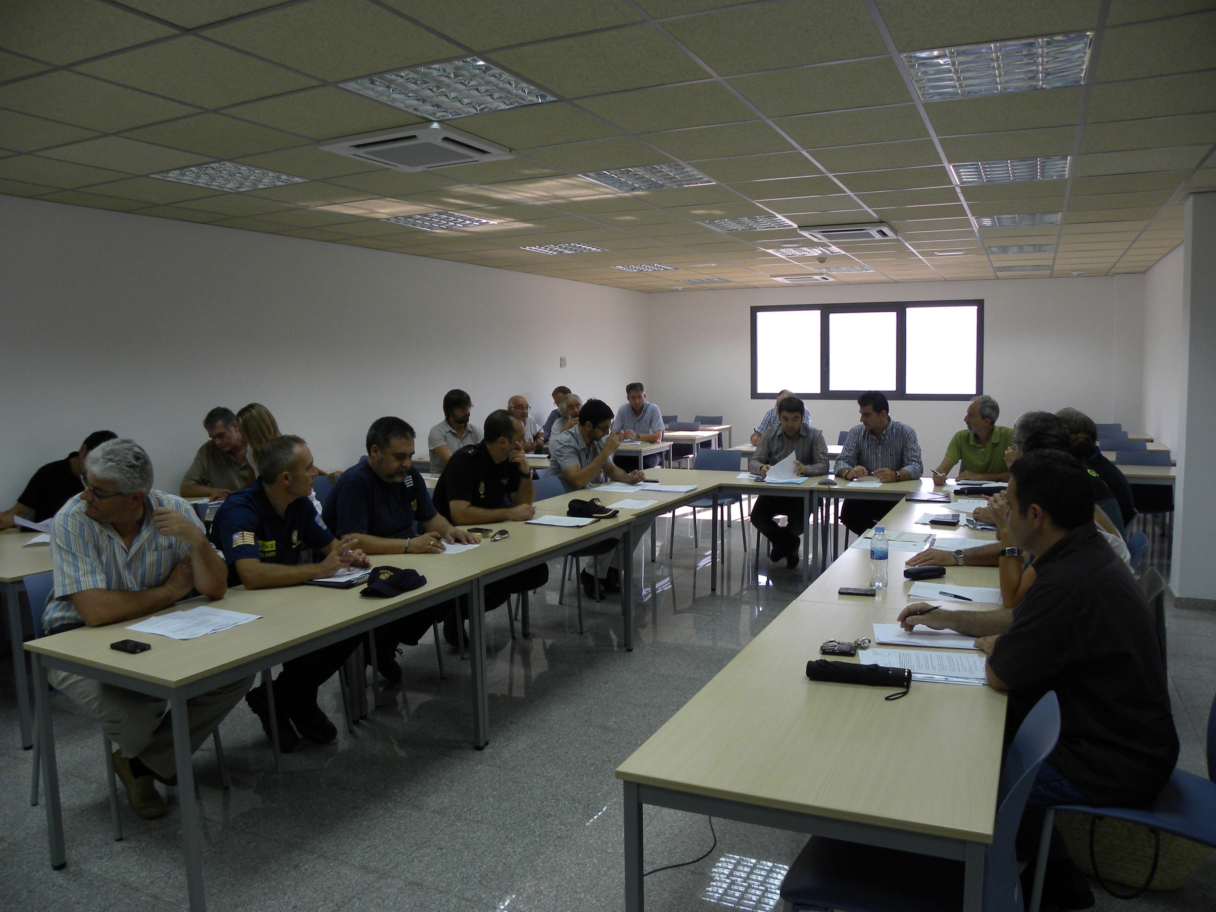 El Plan de Emergencias de Formentera contempla los incendios y la descarga de combustibles como principales riesgos