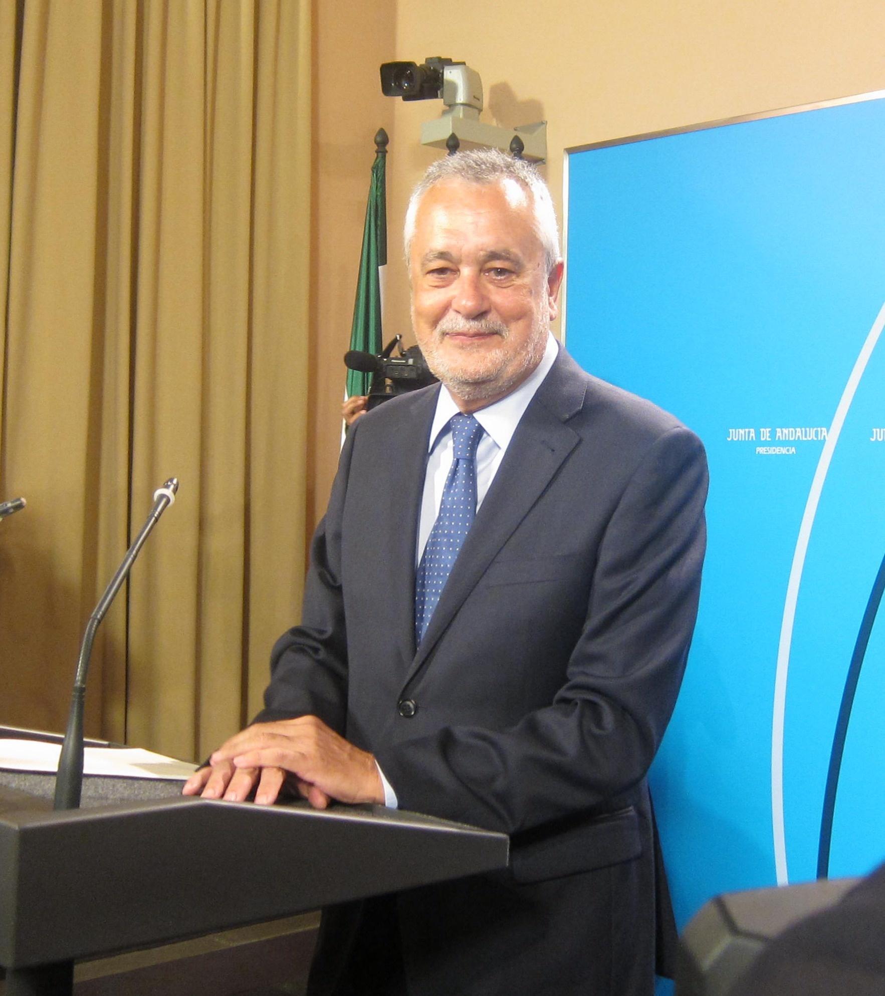 Posada le desea lo mejor a Griñán y dice que «ha trabajado mucho por Andalucía y España»