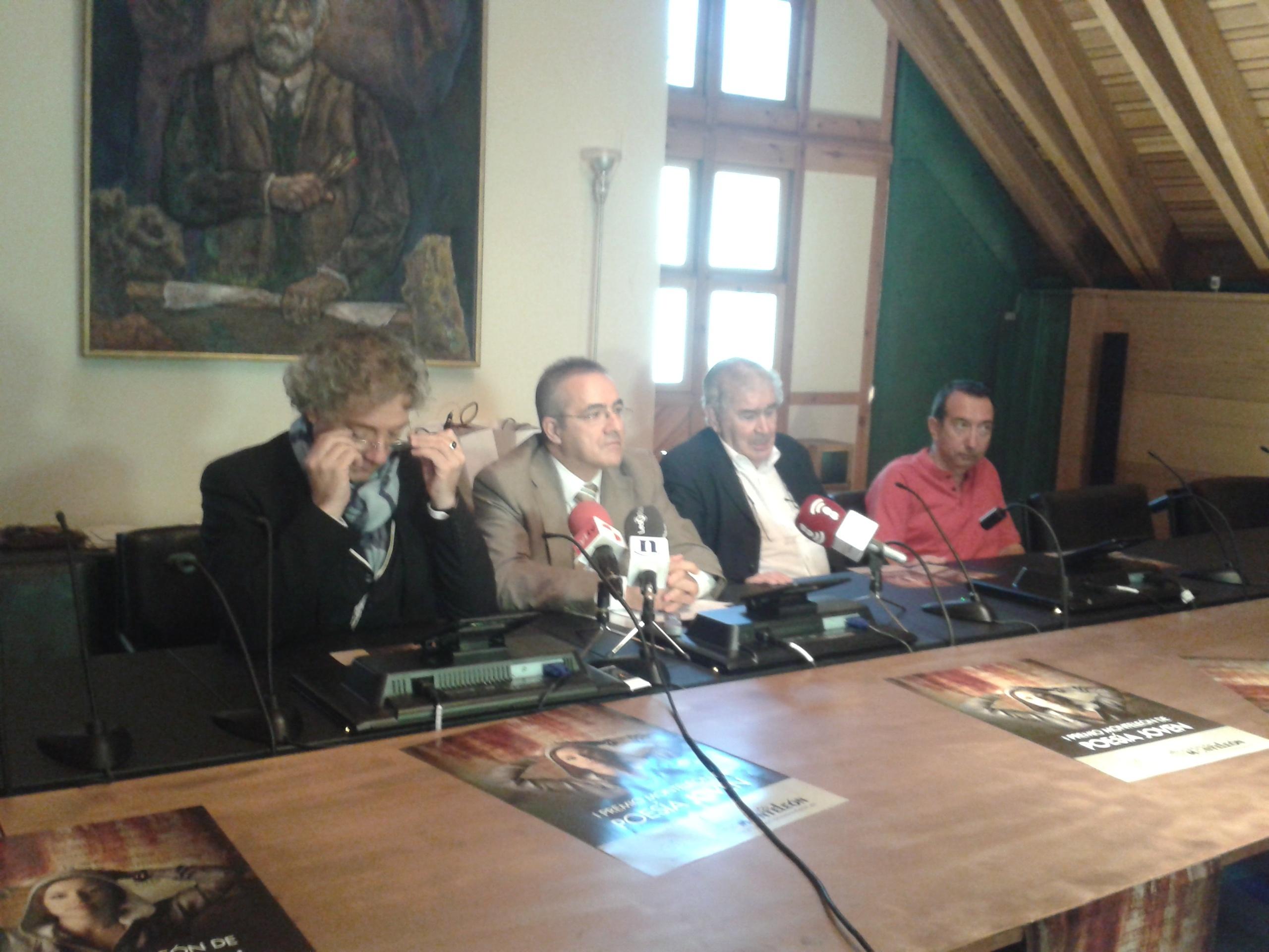 El jurado otorga por unanimidad el I Premio de Poesía Joven MonteLeón al castellonense Carlos Loreiro