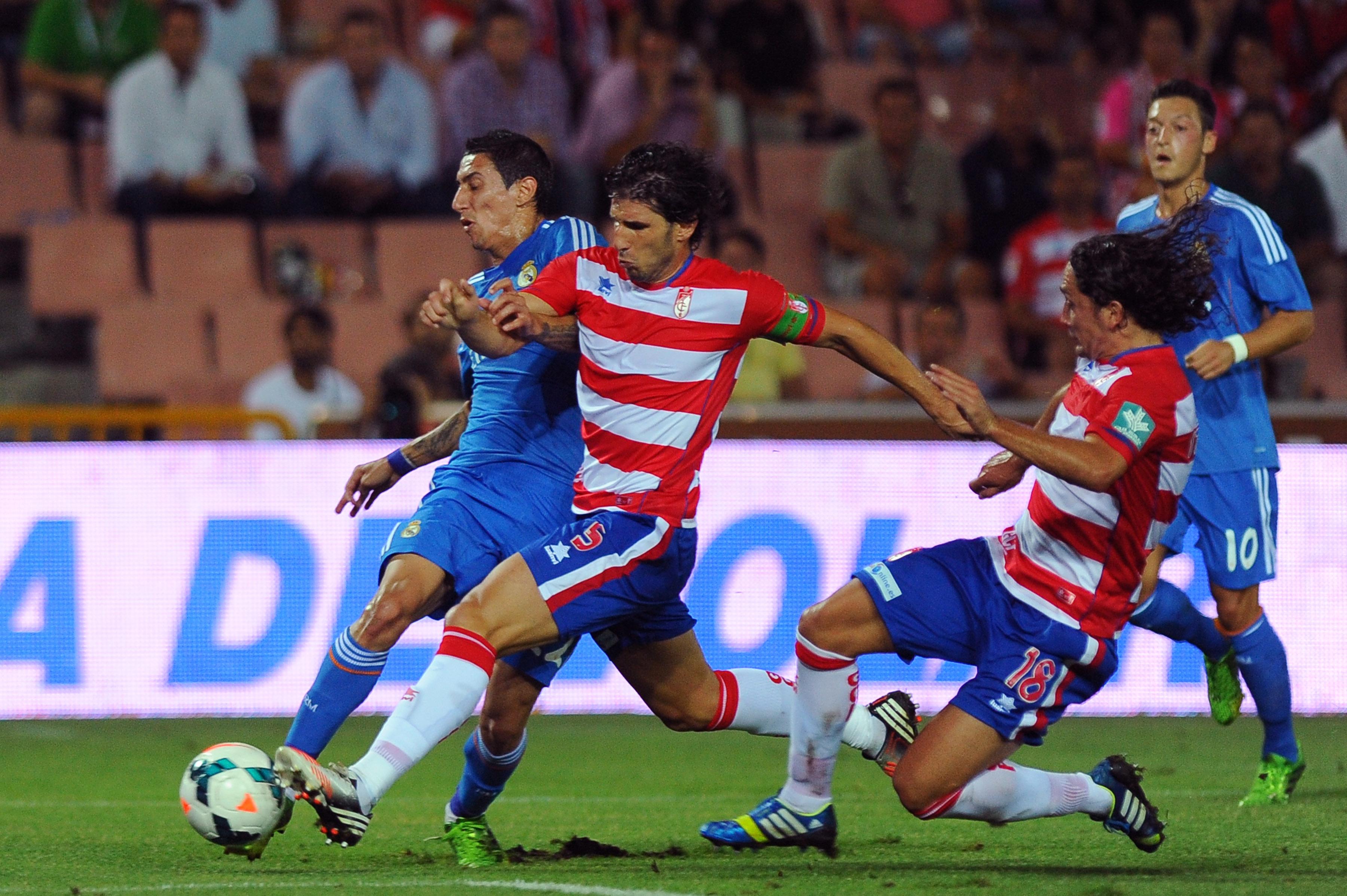 Özil está molesto y Di María tiene un pie fuera del once