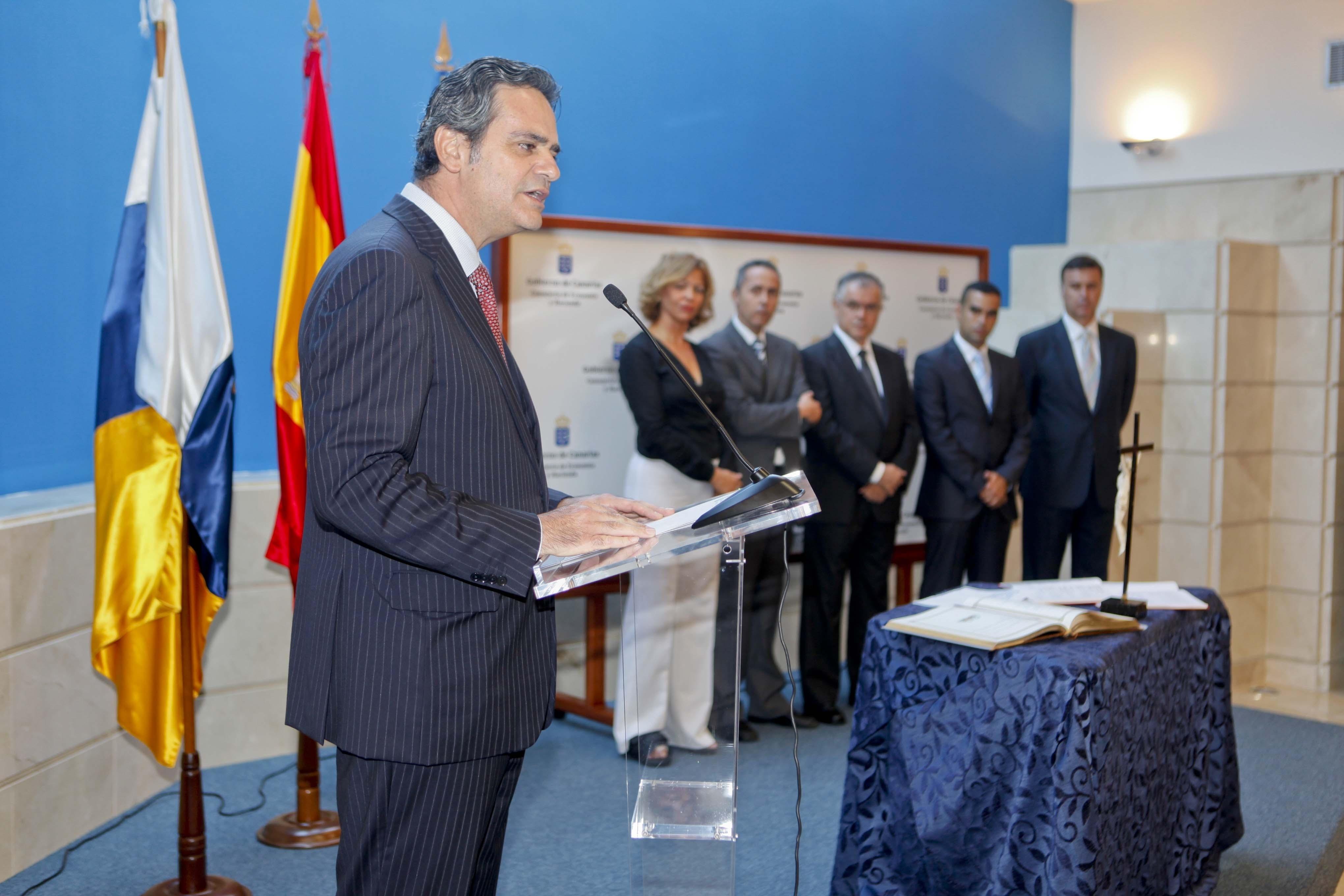 Rodríguez: «Canarias es la comunidad peor financiada per cápita de toda España, pero con los mejores planes de vivienda»