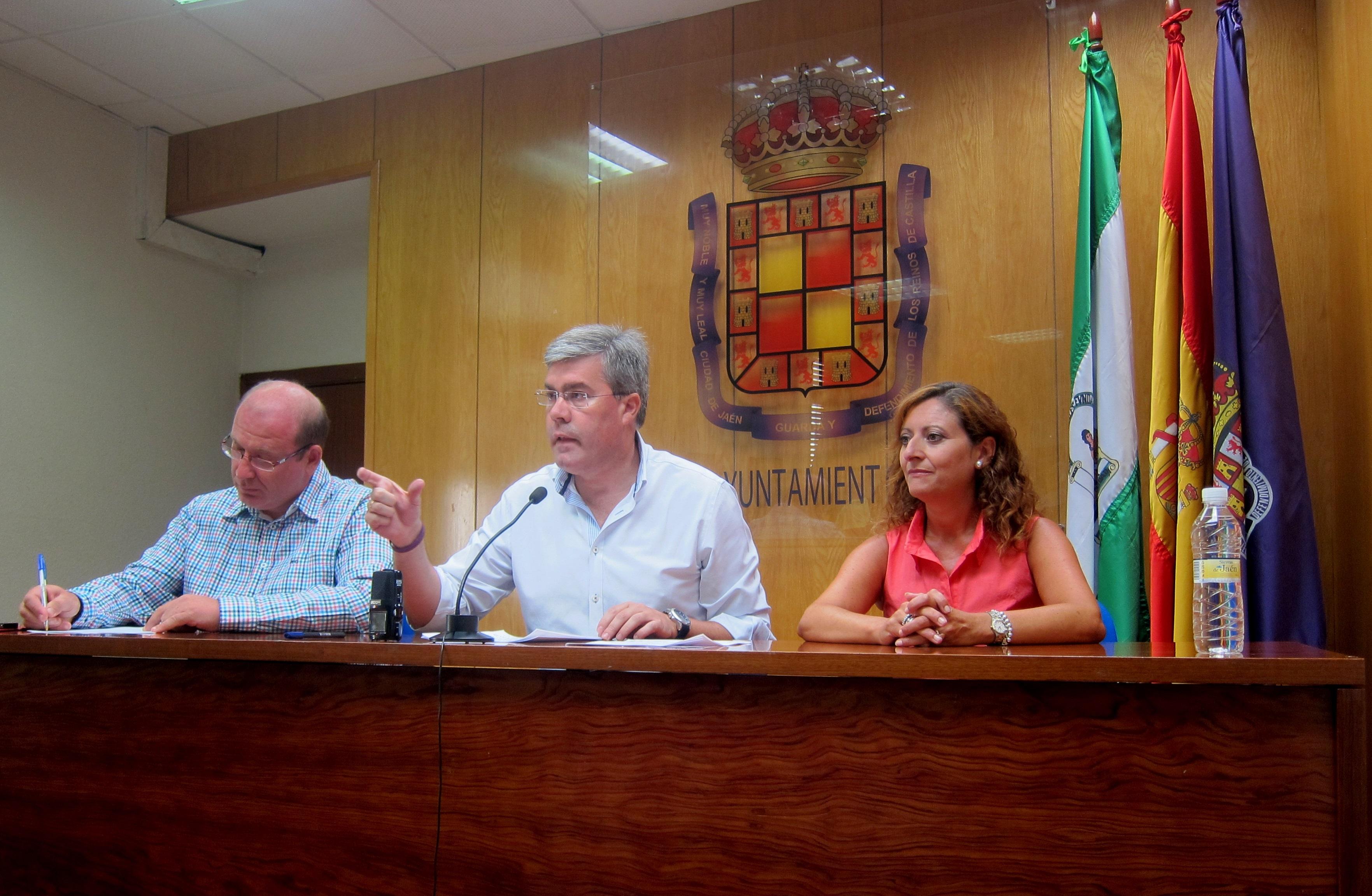 El alcalde impulsará una «presión jamás conocida en la ciudad para que la Junta no bloquee el PGOU»