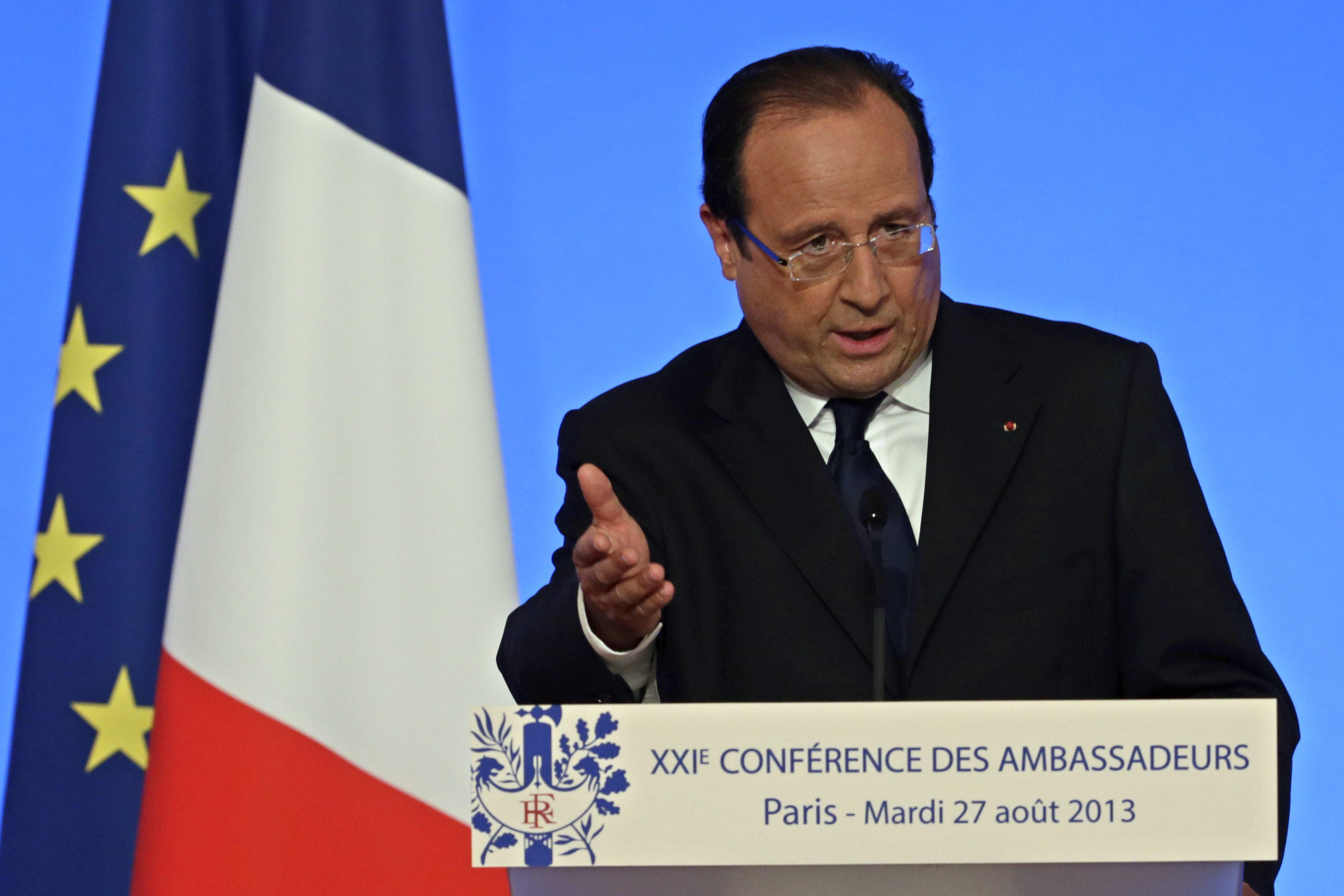 Francia decide reforzar su apoyo militar a la Coalición Nacional Siria