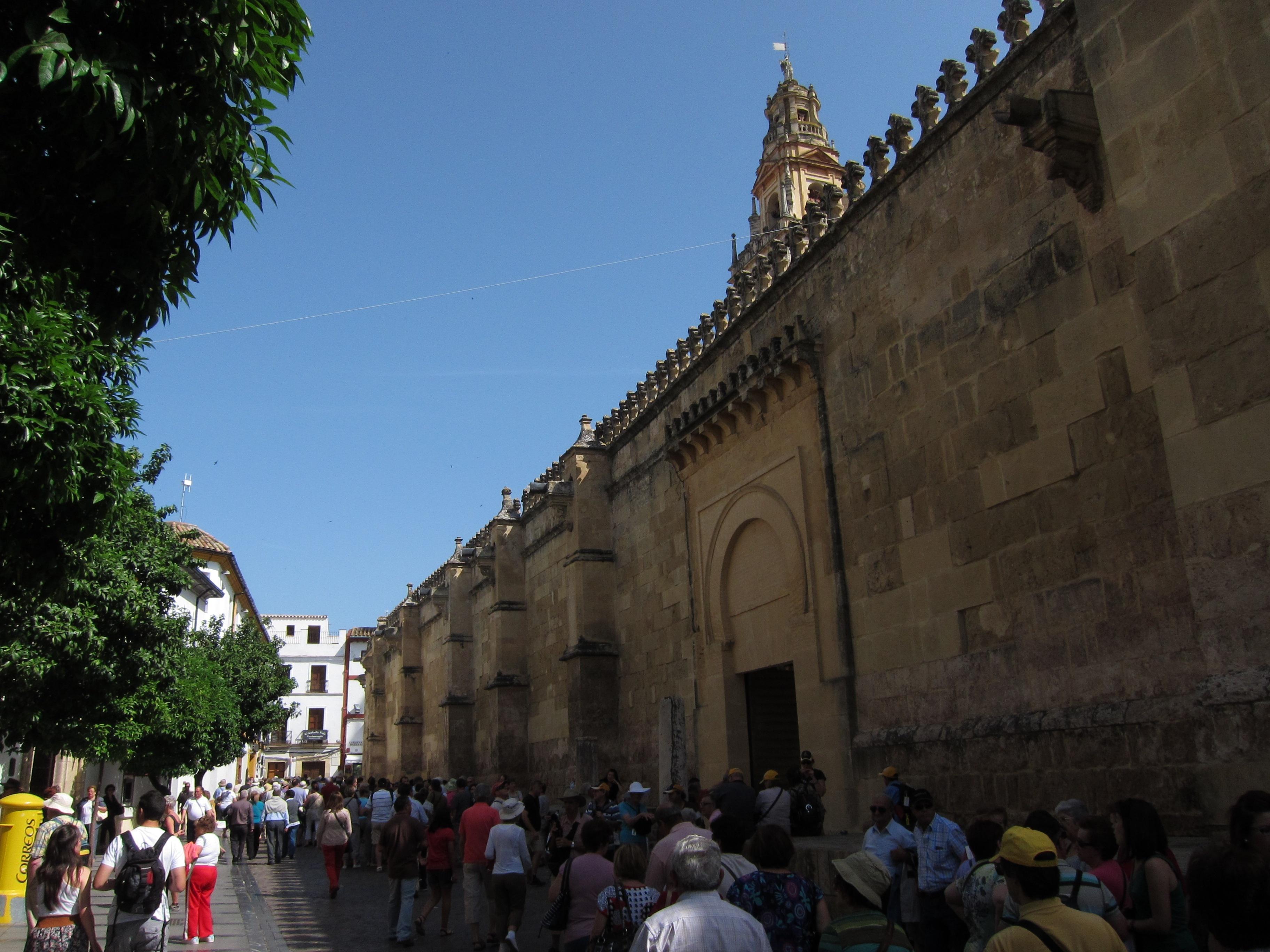 Aumentan un 16% los contratos en el sector turístico durante el segundo trimestre de 2013