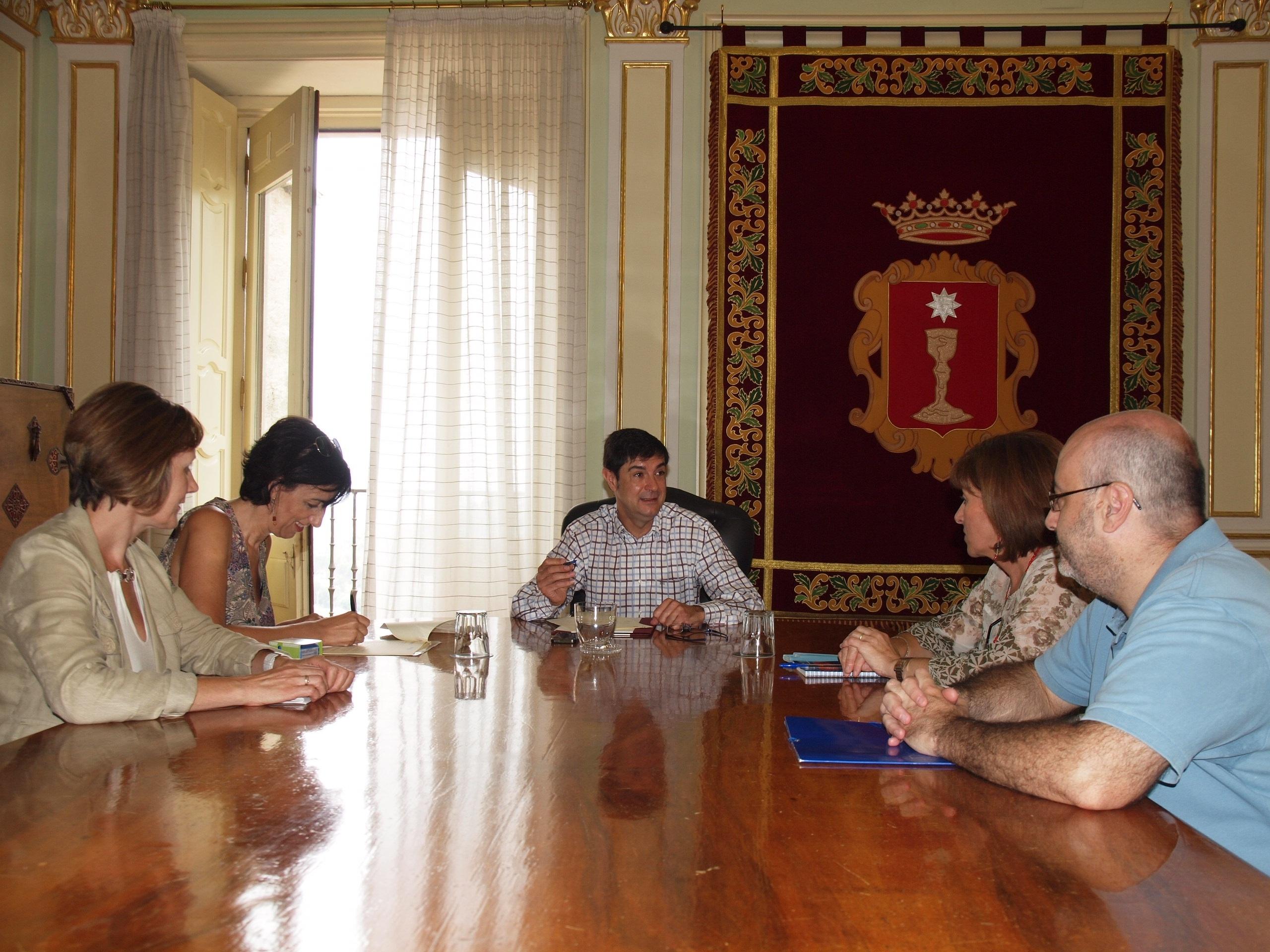 El Ayuntamiento de Cuenca aportará 5.000 euros para el Aula de Familia de Aldeas Infantiles