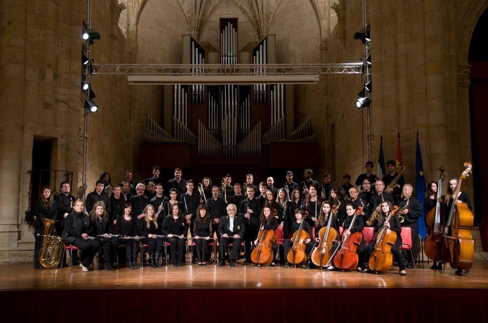 La Banda de la Diputación de Cáceres ofrecerá un concierto solidario al mes en el Gran Teatro