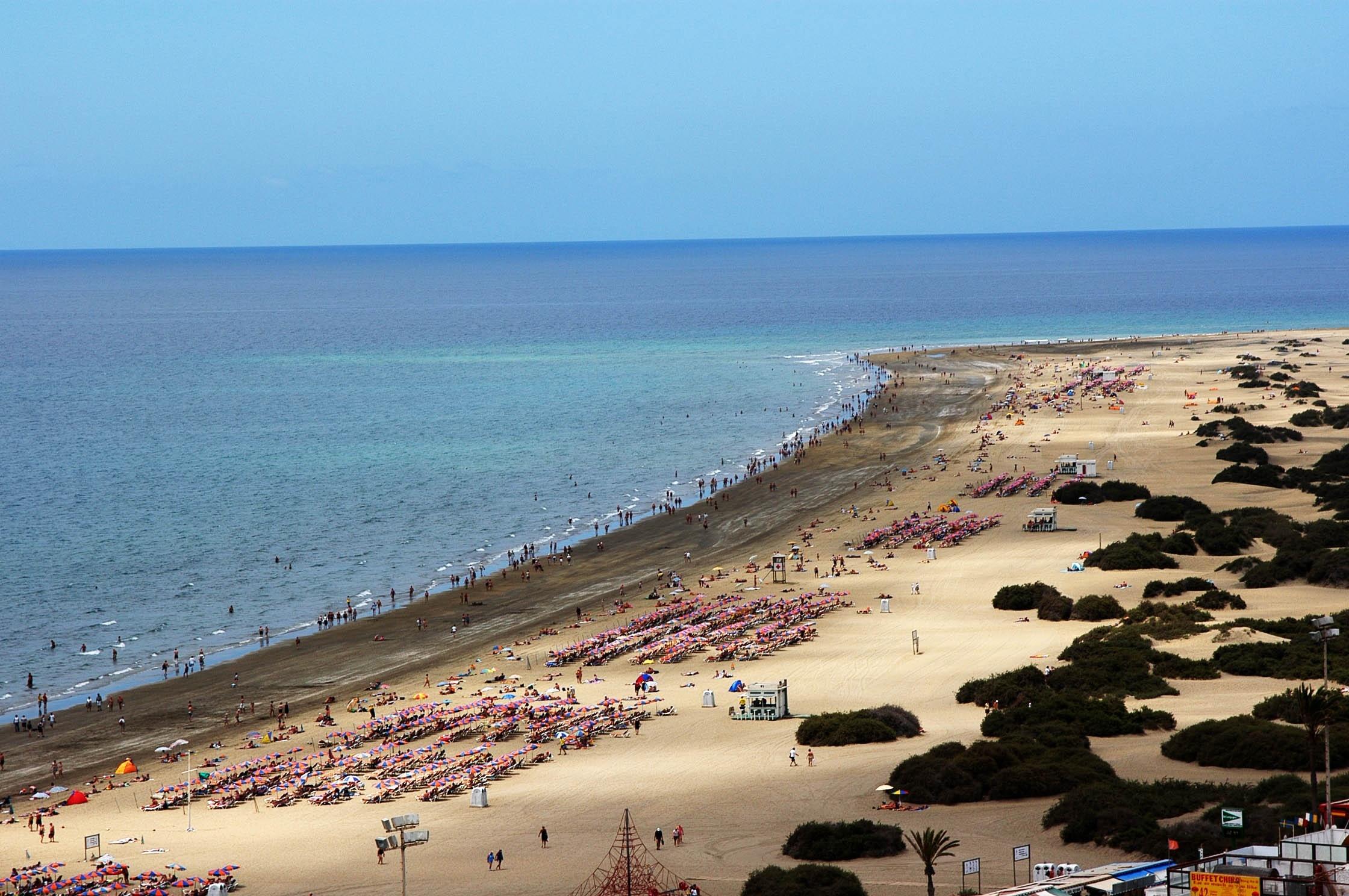 San Bartolomé de Tirajana (Gran Canaria) adjudica el salvamento, socorrismo y vigilancia de sus playas a Cruz Roja