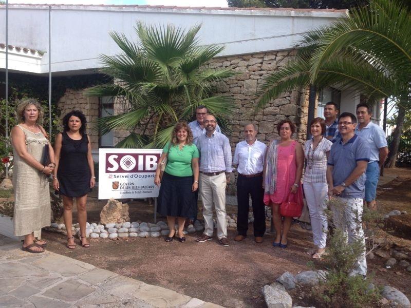 Camps firma en Ibiza siete convenios para mejorar la formación laboral