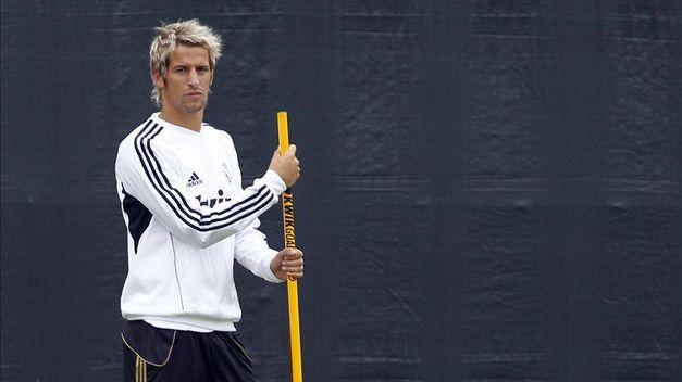 Fabio Coentrao sigue esperando en la puerta de salida del Real Madrid
