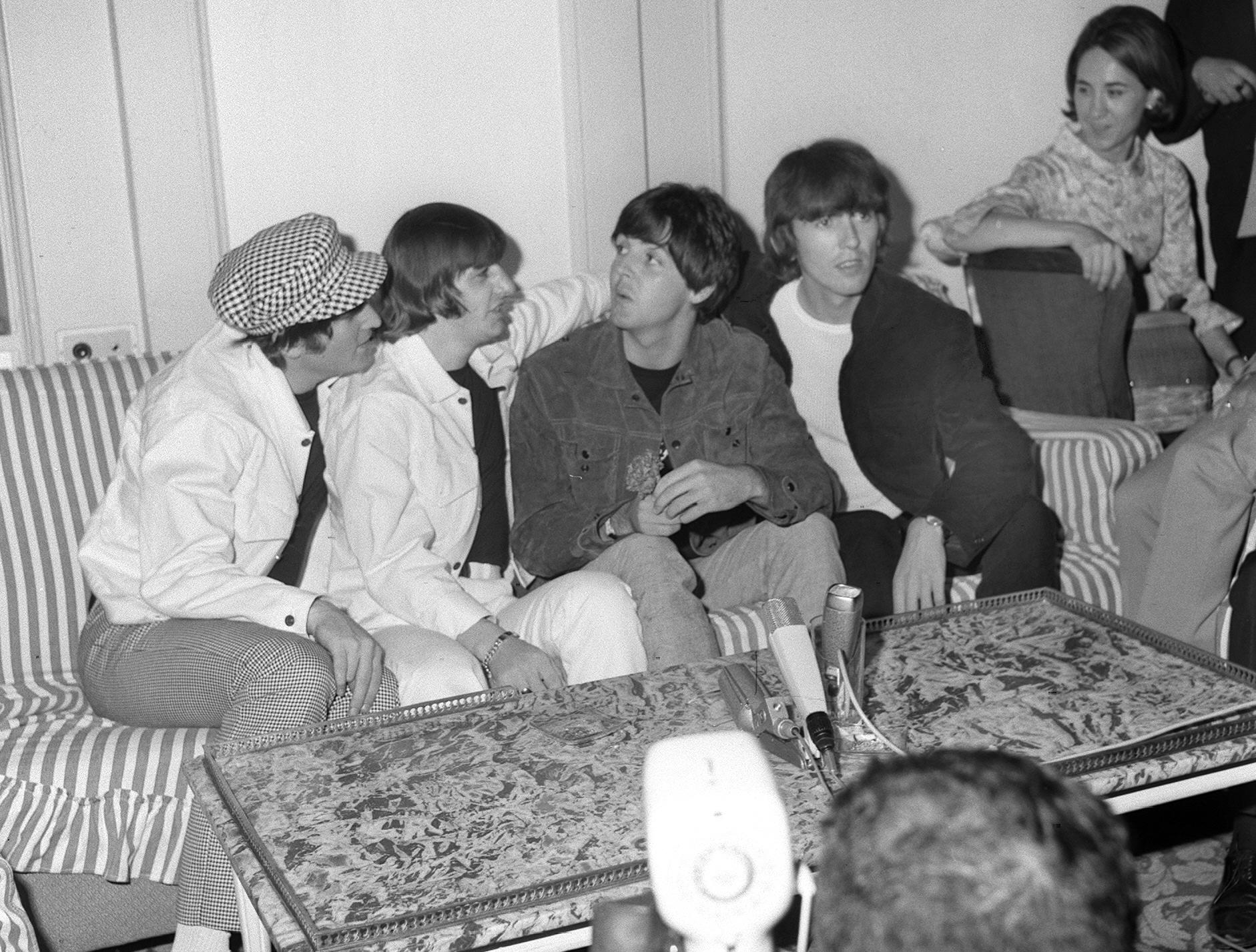 Fans de los Beatles descubren detalles de una nueva antología del grupo