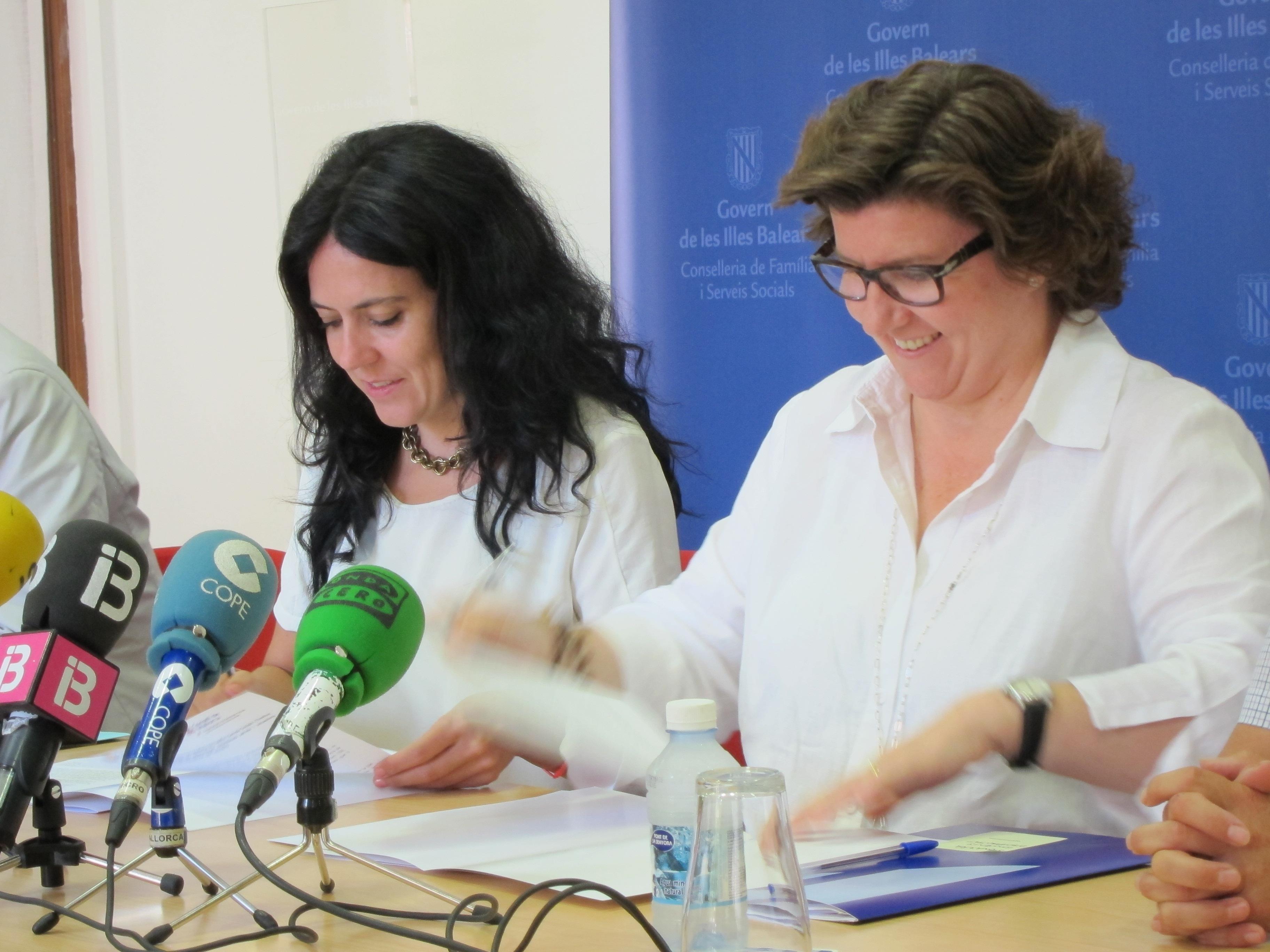 Fernández dice que el Govern espera aumentar en el 2014 el número de plazas concertadas para discapacitados