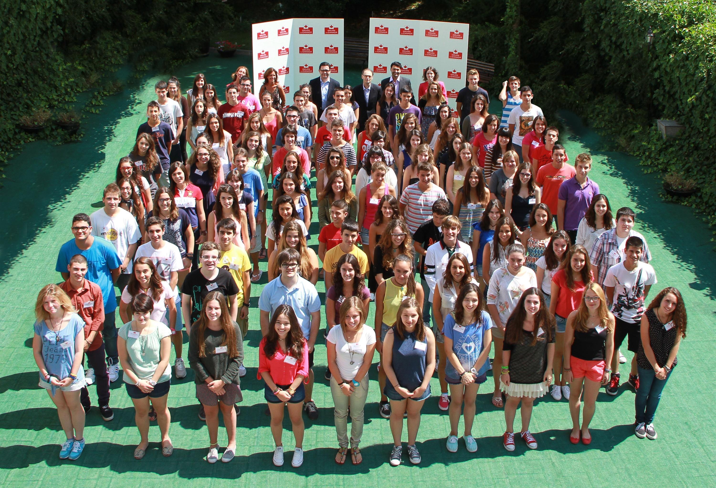 La Fundación Amancio Ortega beca a 100 estudiantes españoles para estudiar un año en Canadá