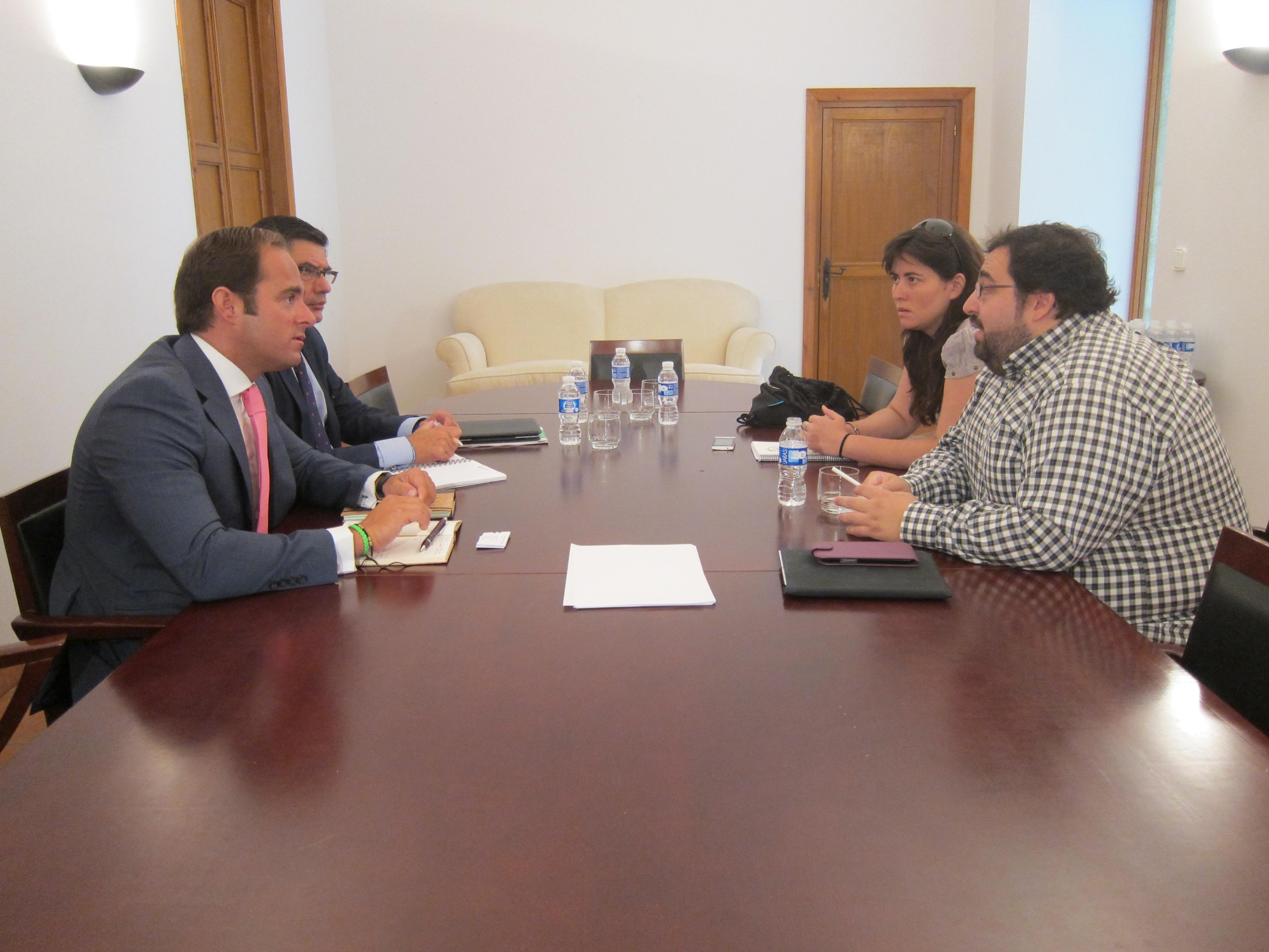 El Gobierno de Extremadura y la Fundación Triángulo destacan los «avances» de la población homosexual en la región