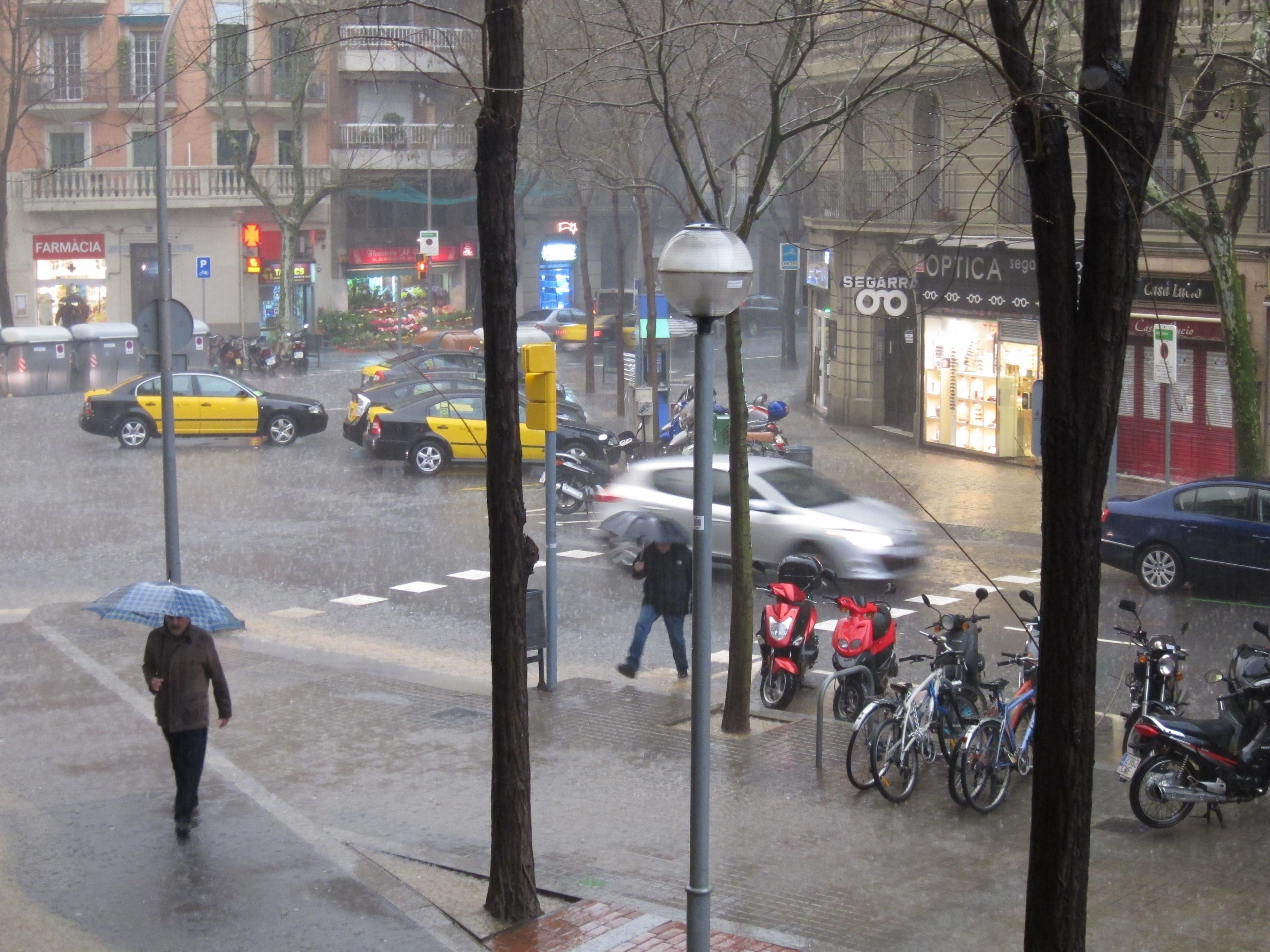 Meteorología cree que se dan ingredientes para »gota fría» en Murcia pero descarta que se produzca un »28 de septiembre»