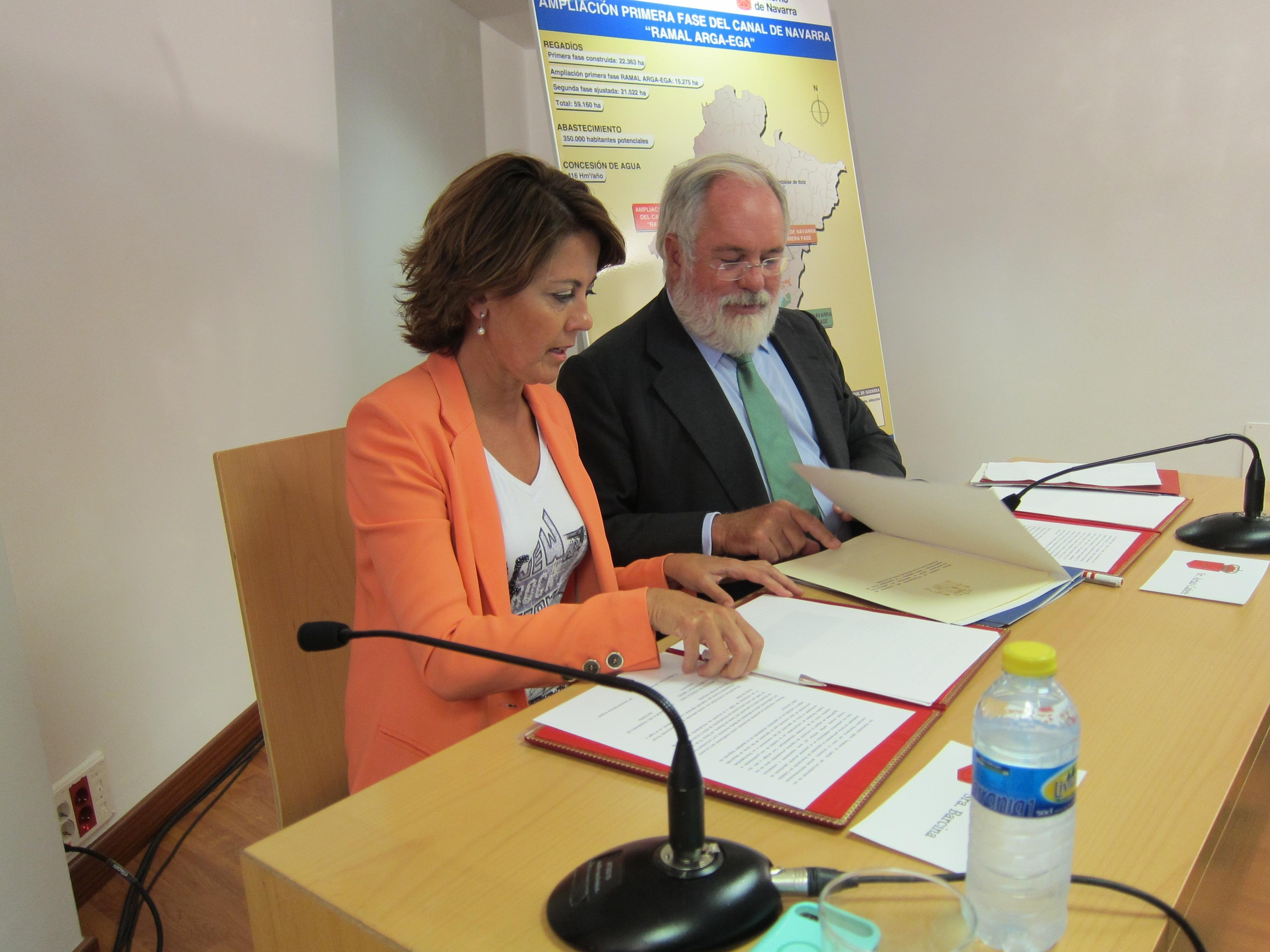 Navarra y el Estado firman la actualización del convenio para la ampliación de la primera fase del Canal de Navarra